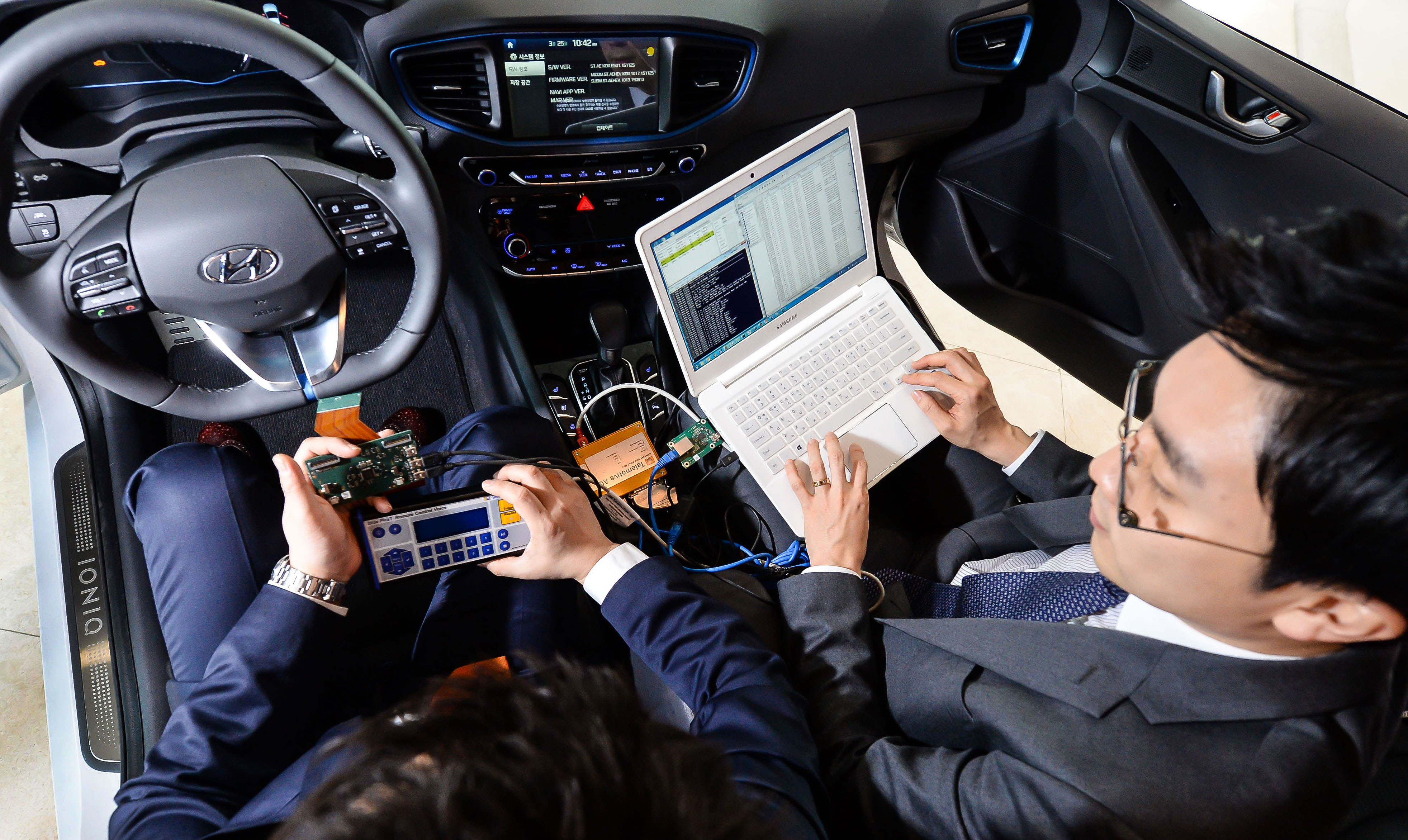 Hyundai is partnering with Cisco to improve the transfer of data to enable the next generation on connected car services.