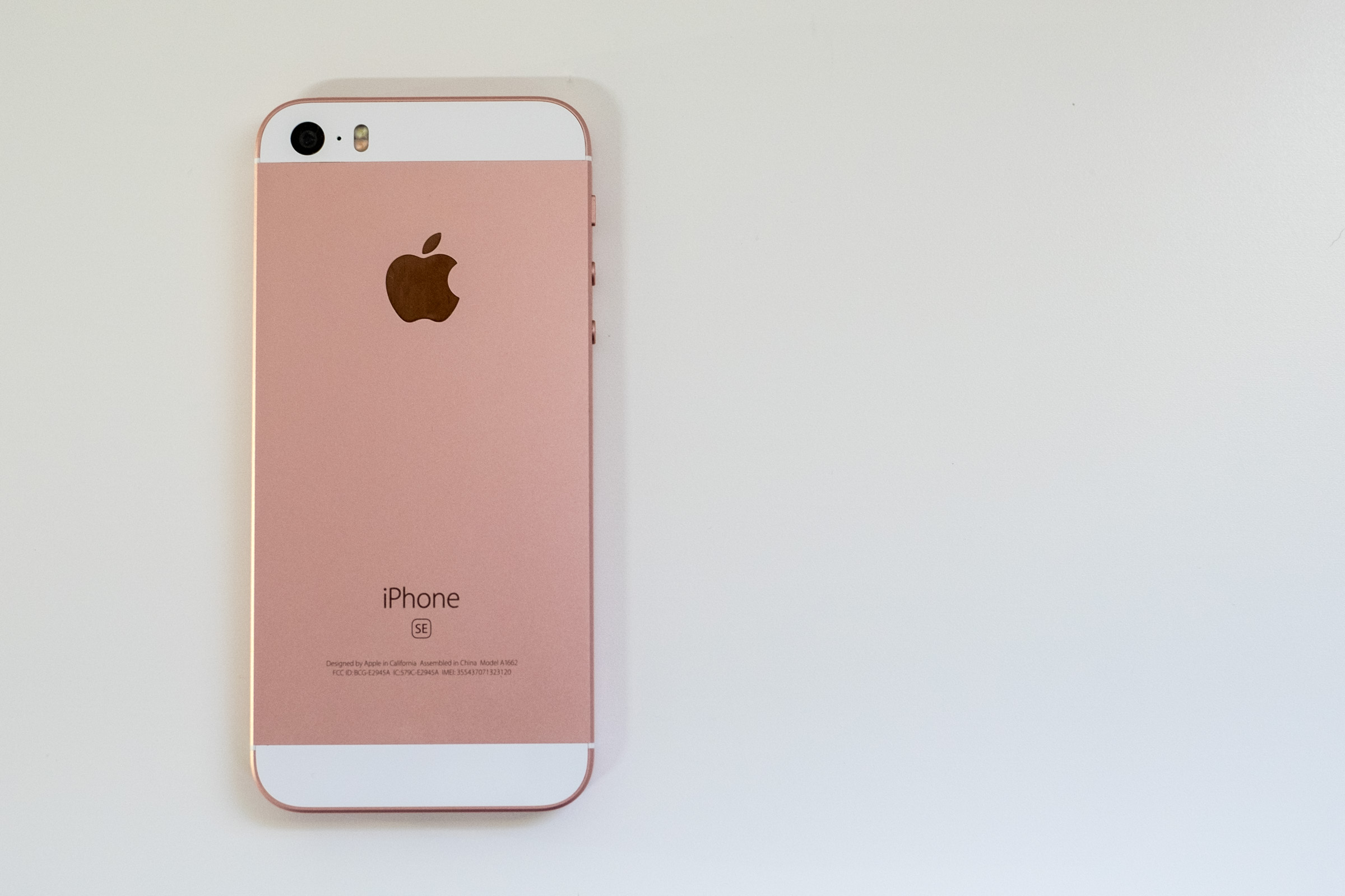 Apple iPhone SE Review | Fortune