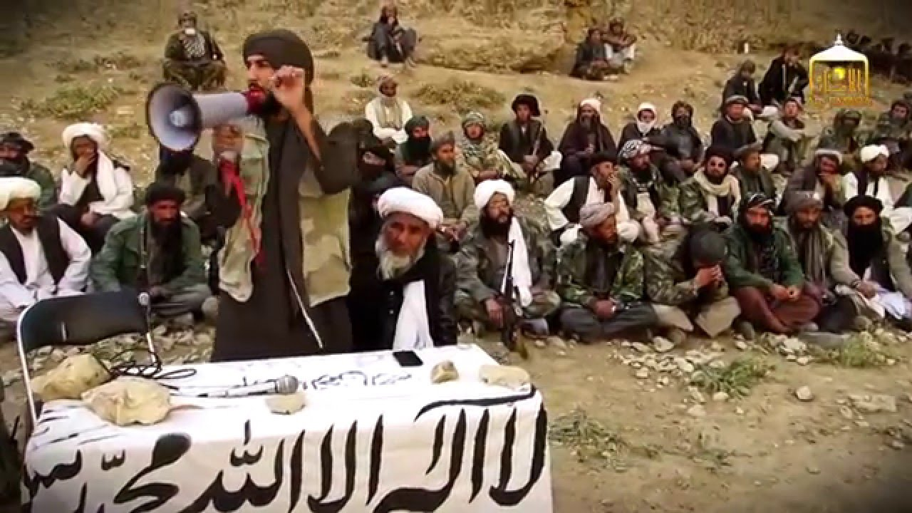 A Taliban recruitment gathering in the Khak-e-Safid district of western Farah province, from online Taliban propaganda outlet Shahabat.