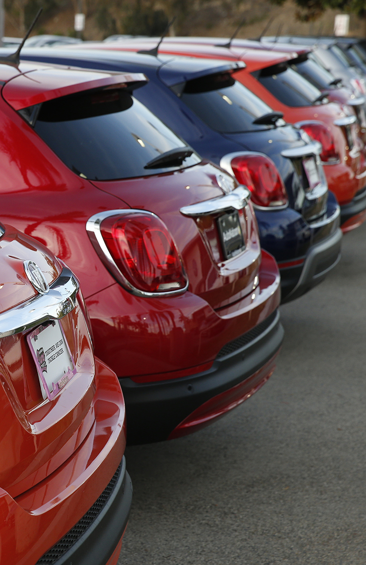 Fiat Chrysler Teams With Amazon To Sell Cars Online Fortune