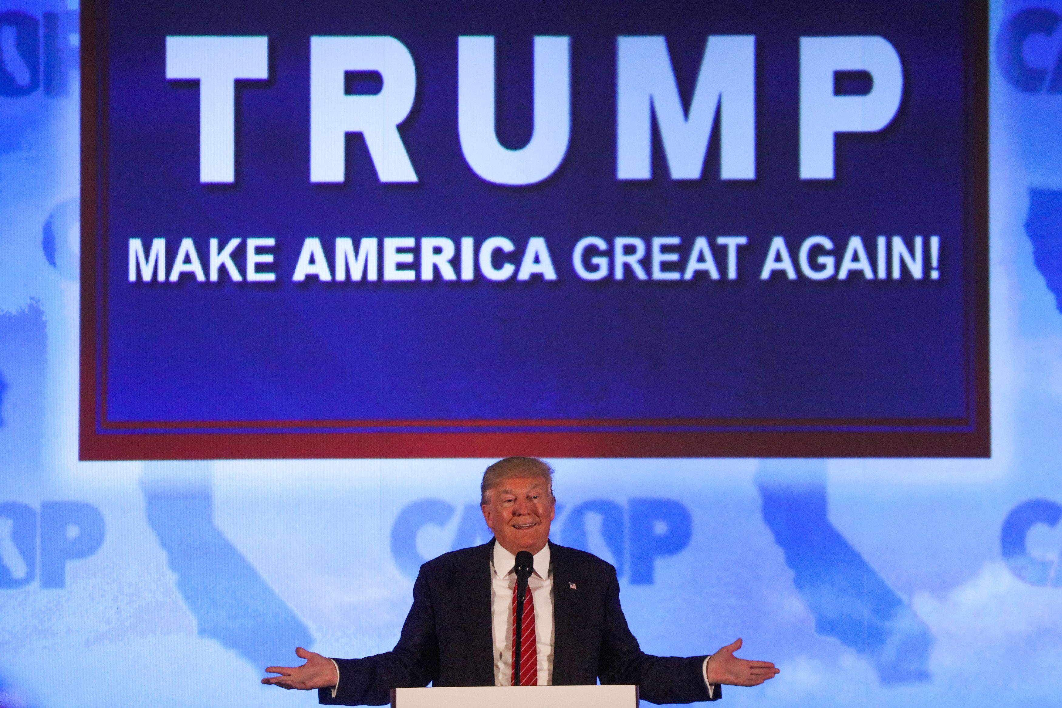 TOPSHOT-US-VOTE-REPUBLICANS-TRUMP-PROTEST