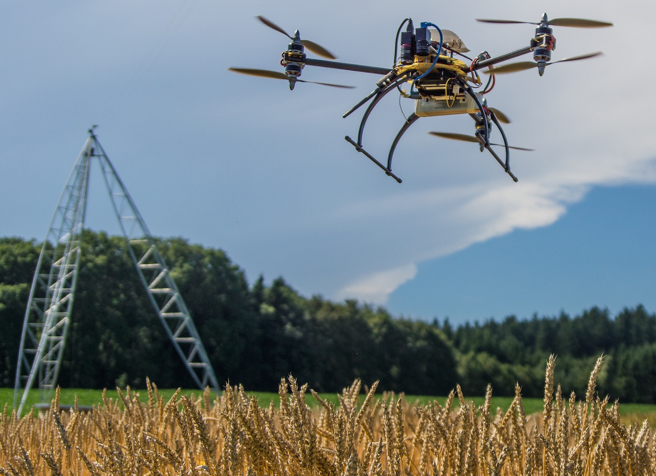 Swiss startup Gamaya uses drones and hyperspectral cameras to help farmers grow crops.