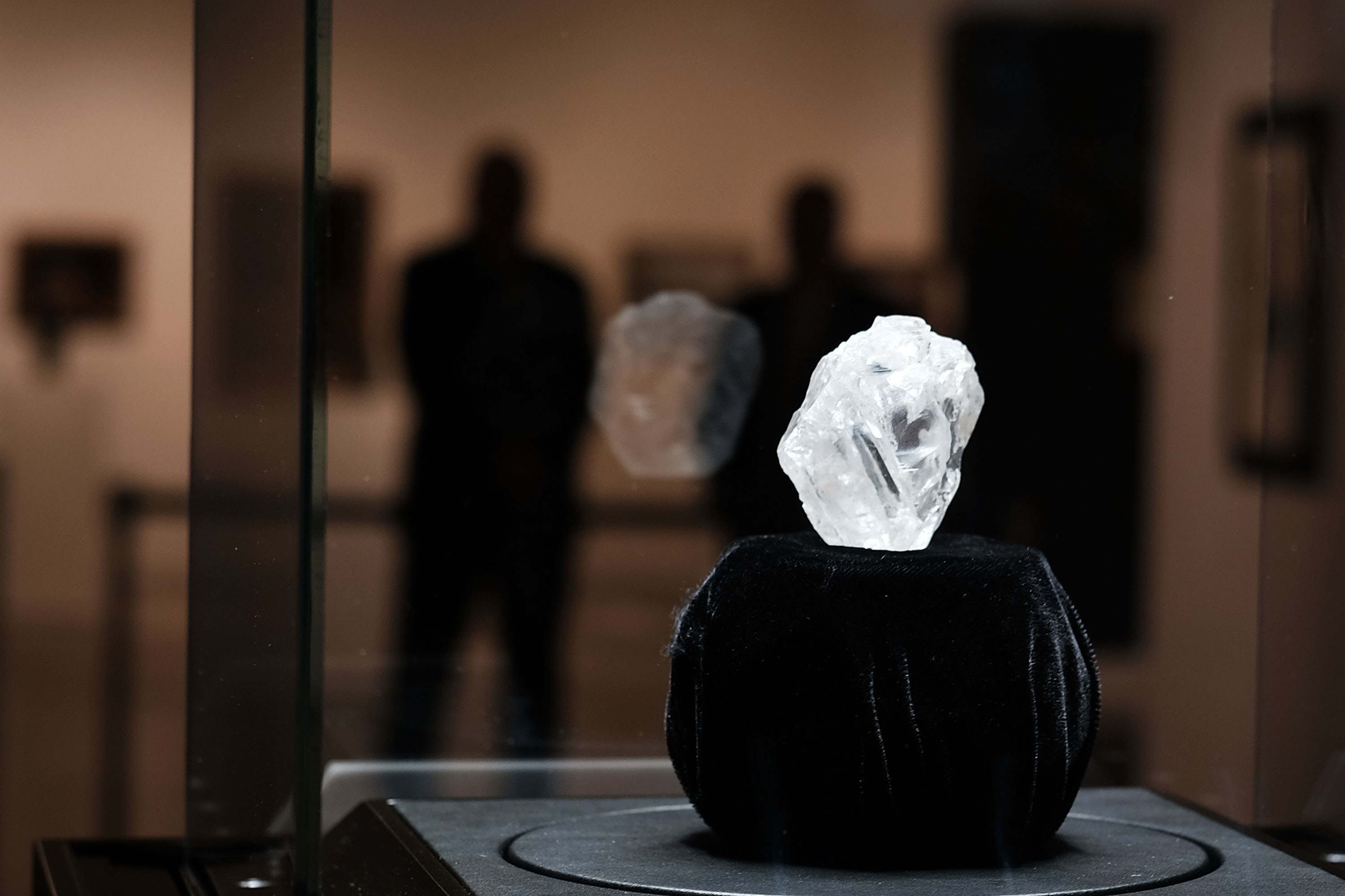 Sotheby's To Auction Off Largest Diamond Discovered In 100 Years