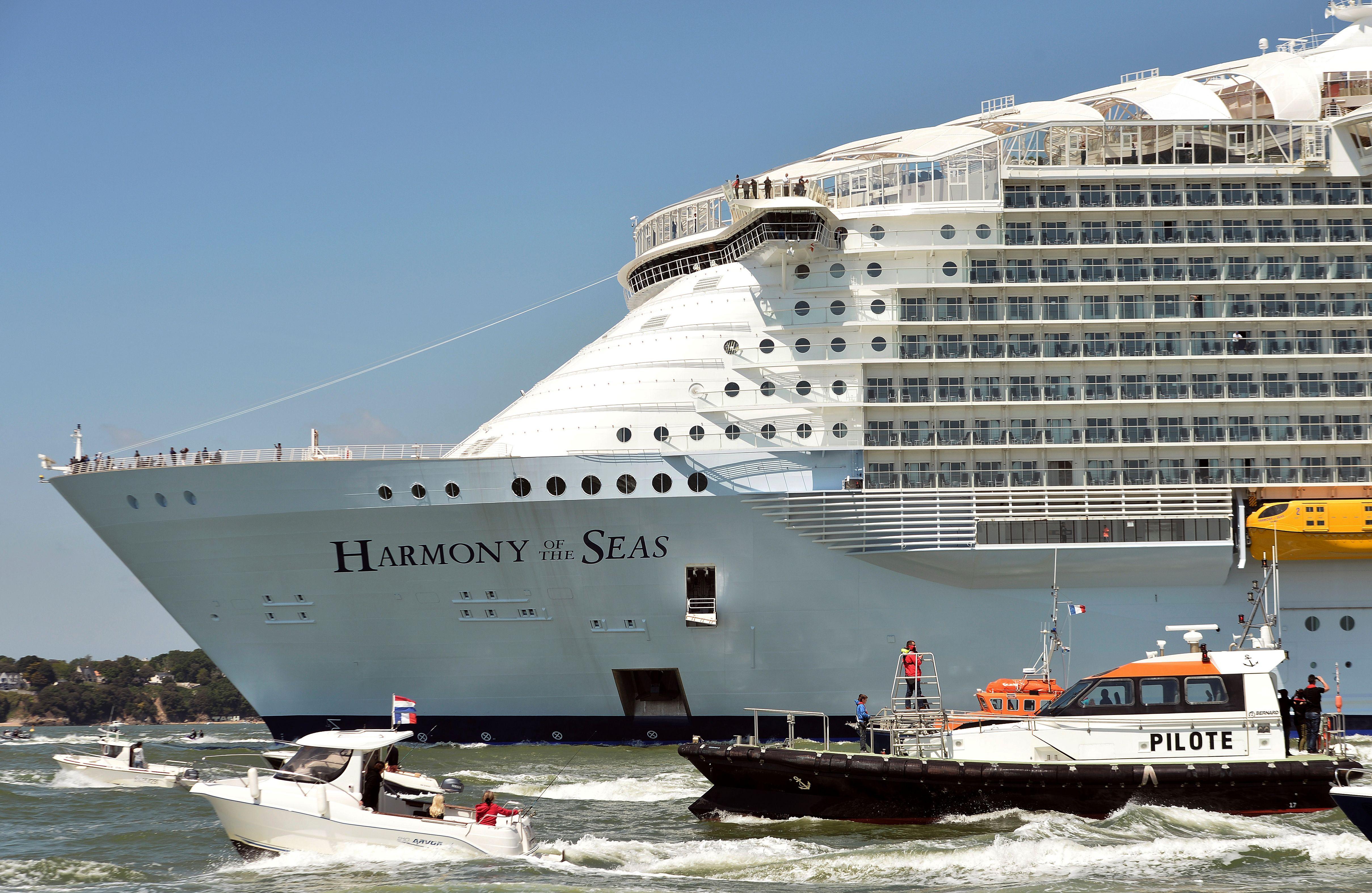 Harmony of the Seas largest cruise ship