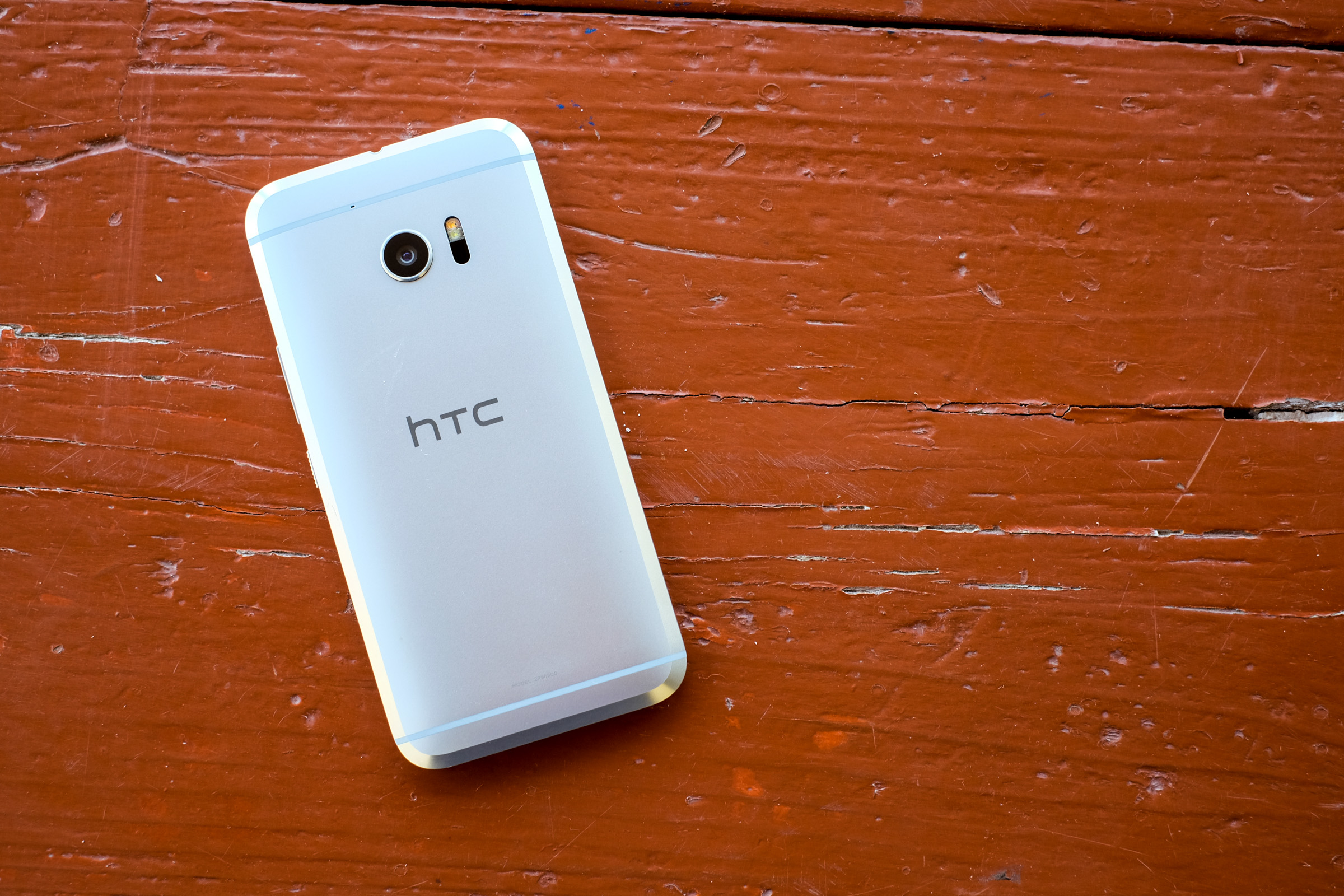 HTC flagship smartphone HTC 10.