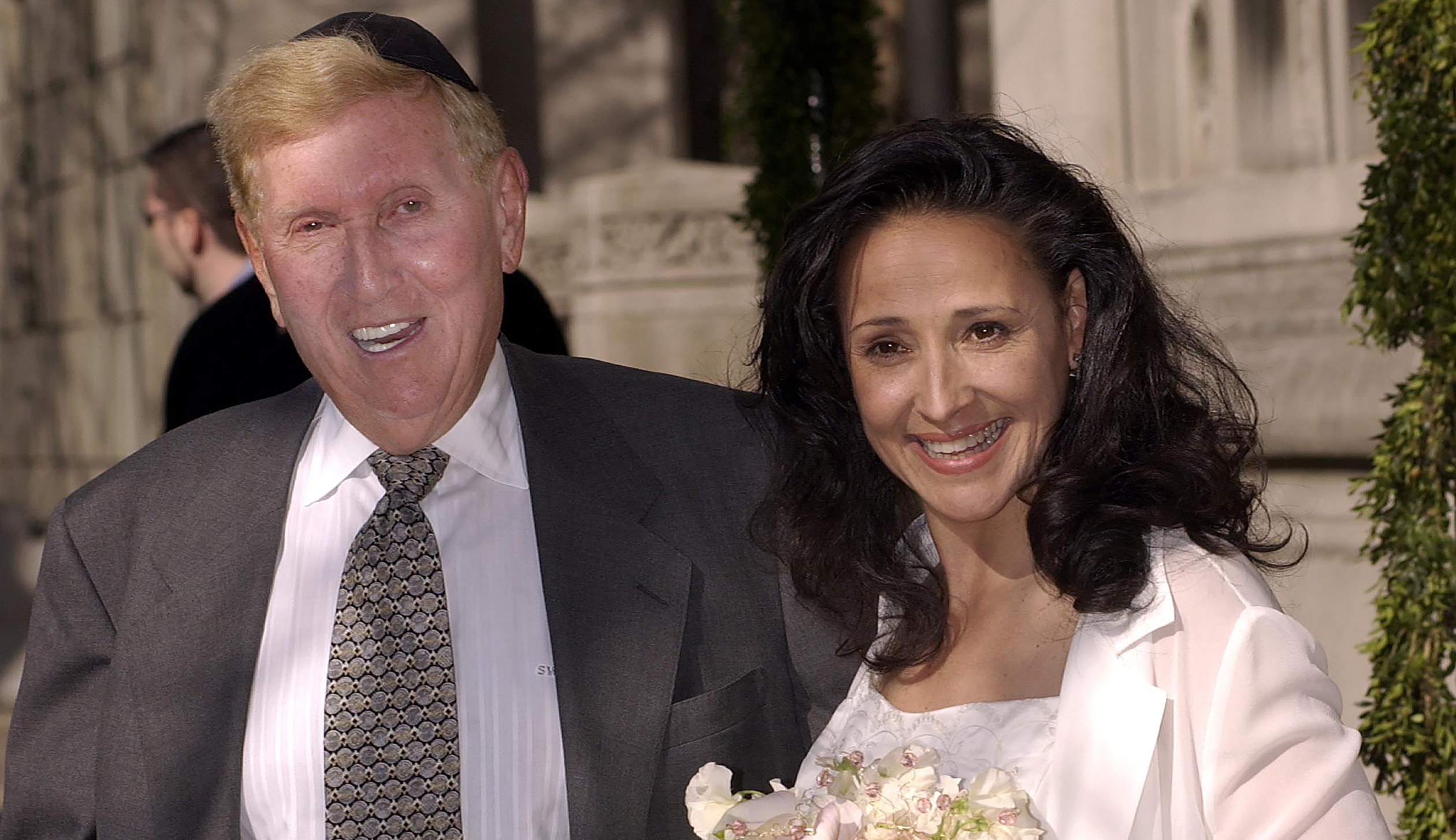 SUMNER REDSTONE AND PAULA FORTUNATO LEAVE NEW YORK TEMPLE AFTERWEDDING.
