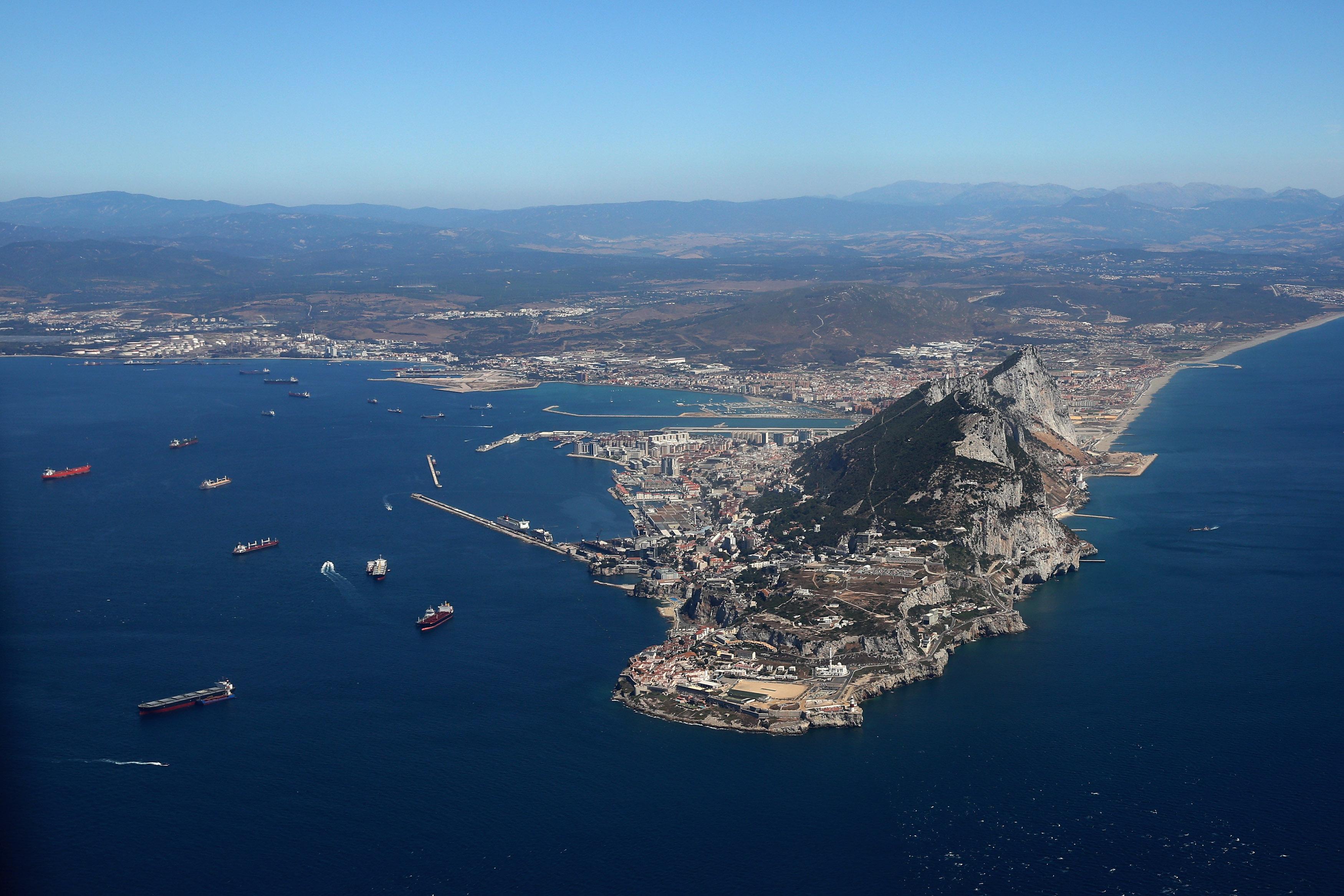 Spain Considers Gibraltar Border Fee