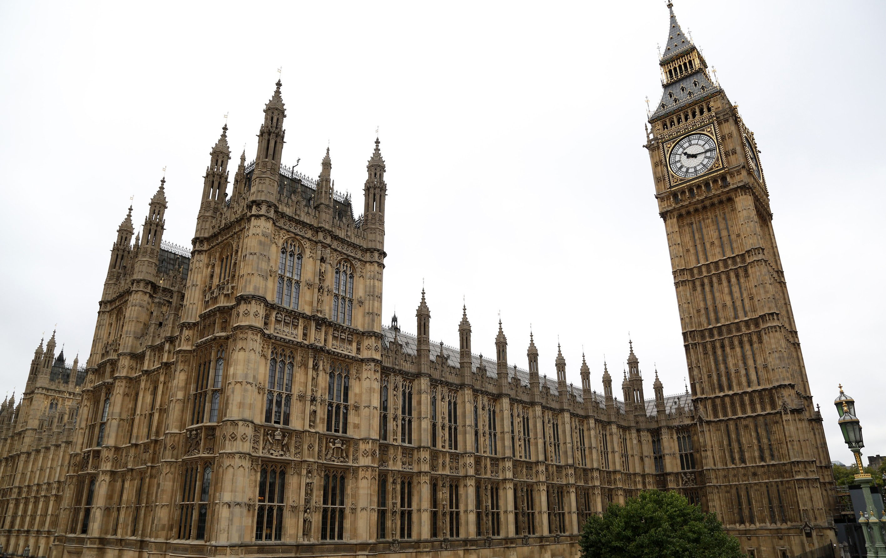 Parliamentary debate on the UK joining air strikes against ISIL