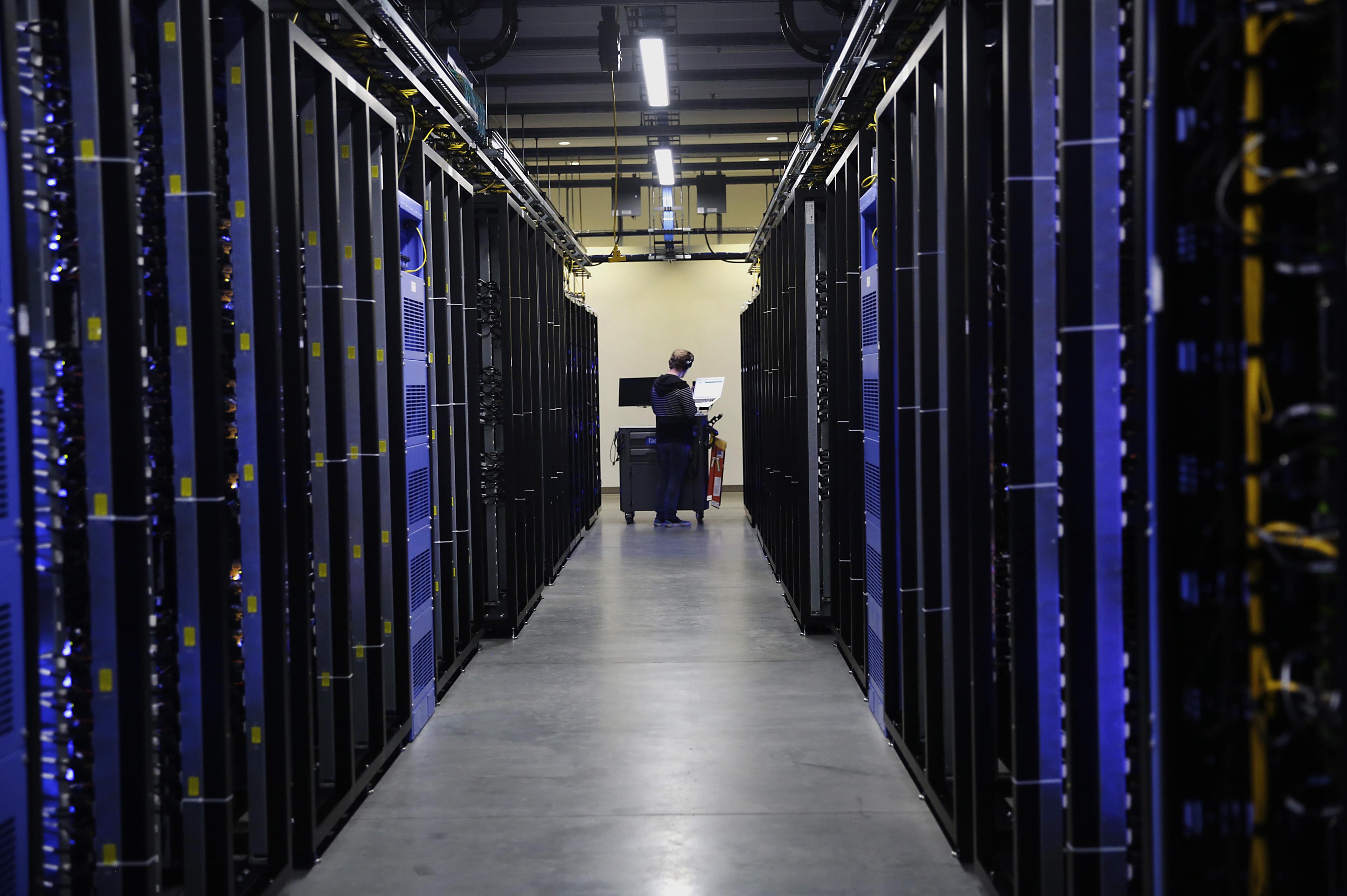 Operations Inside The Facebook Data Center