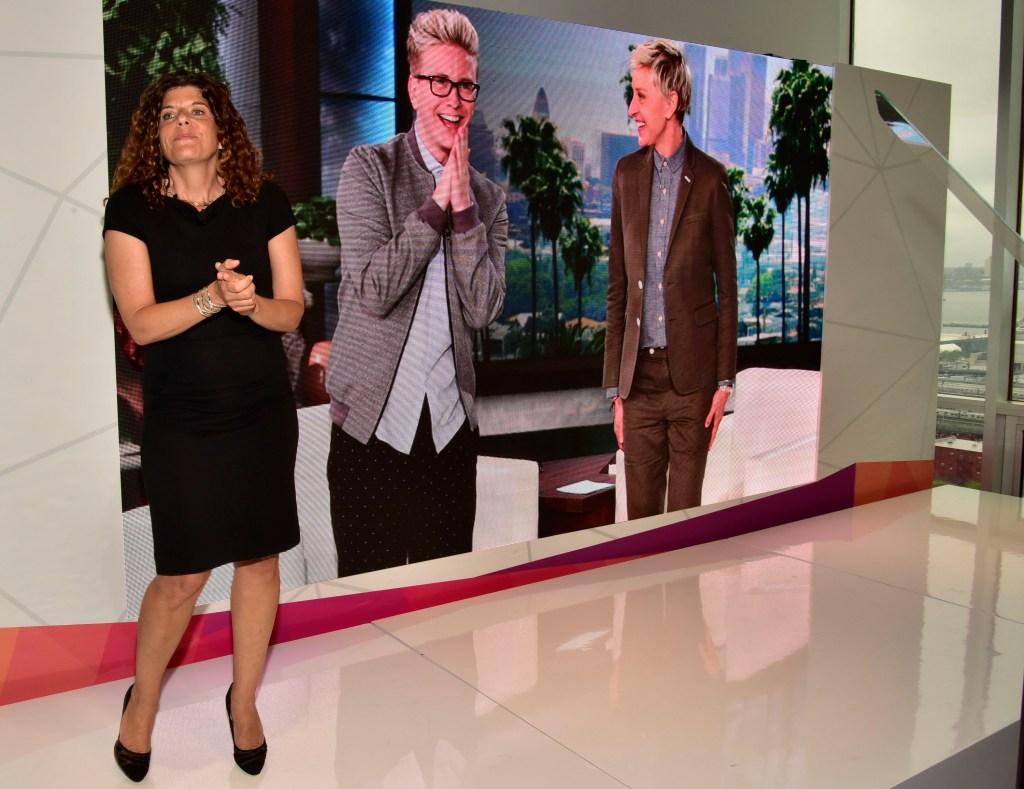 Ellen Digital New Front