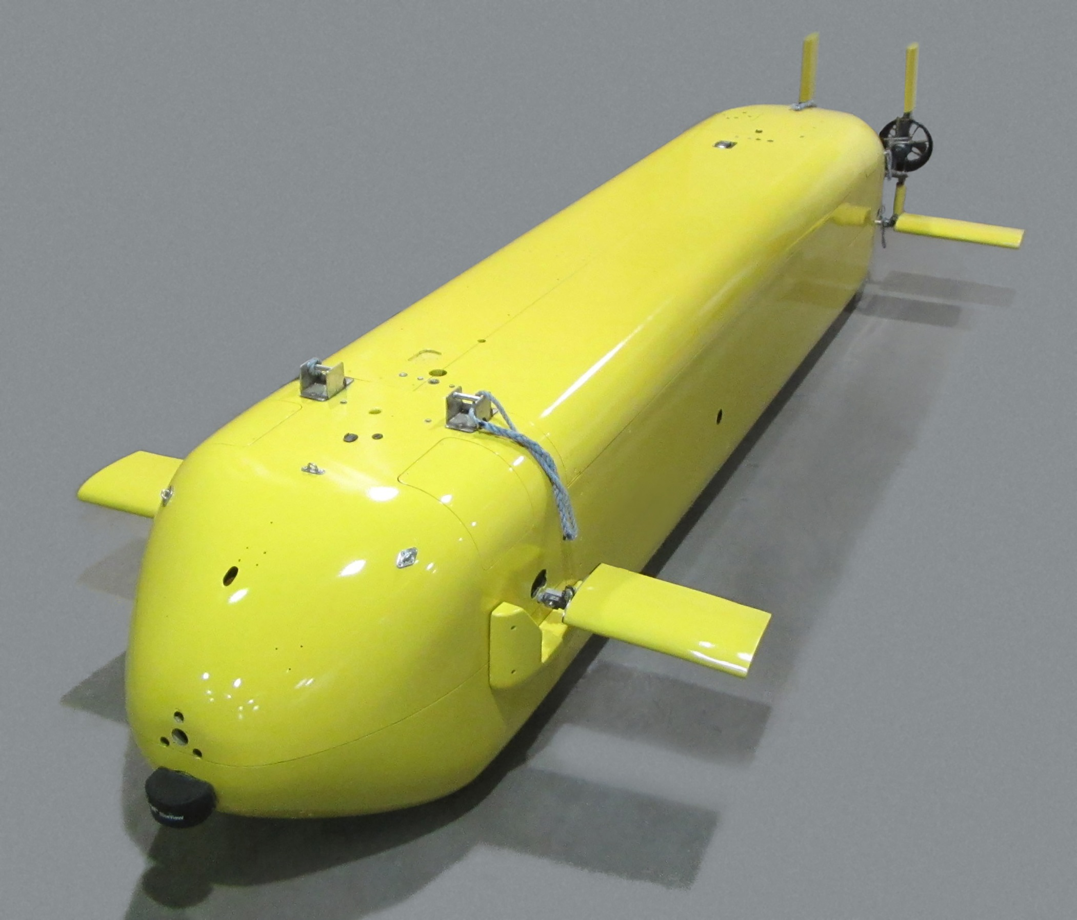 GM and U.S. Navy Collaborationd On Fuel Cell-Powered UUV