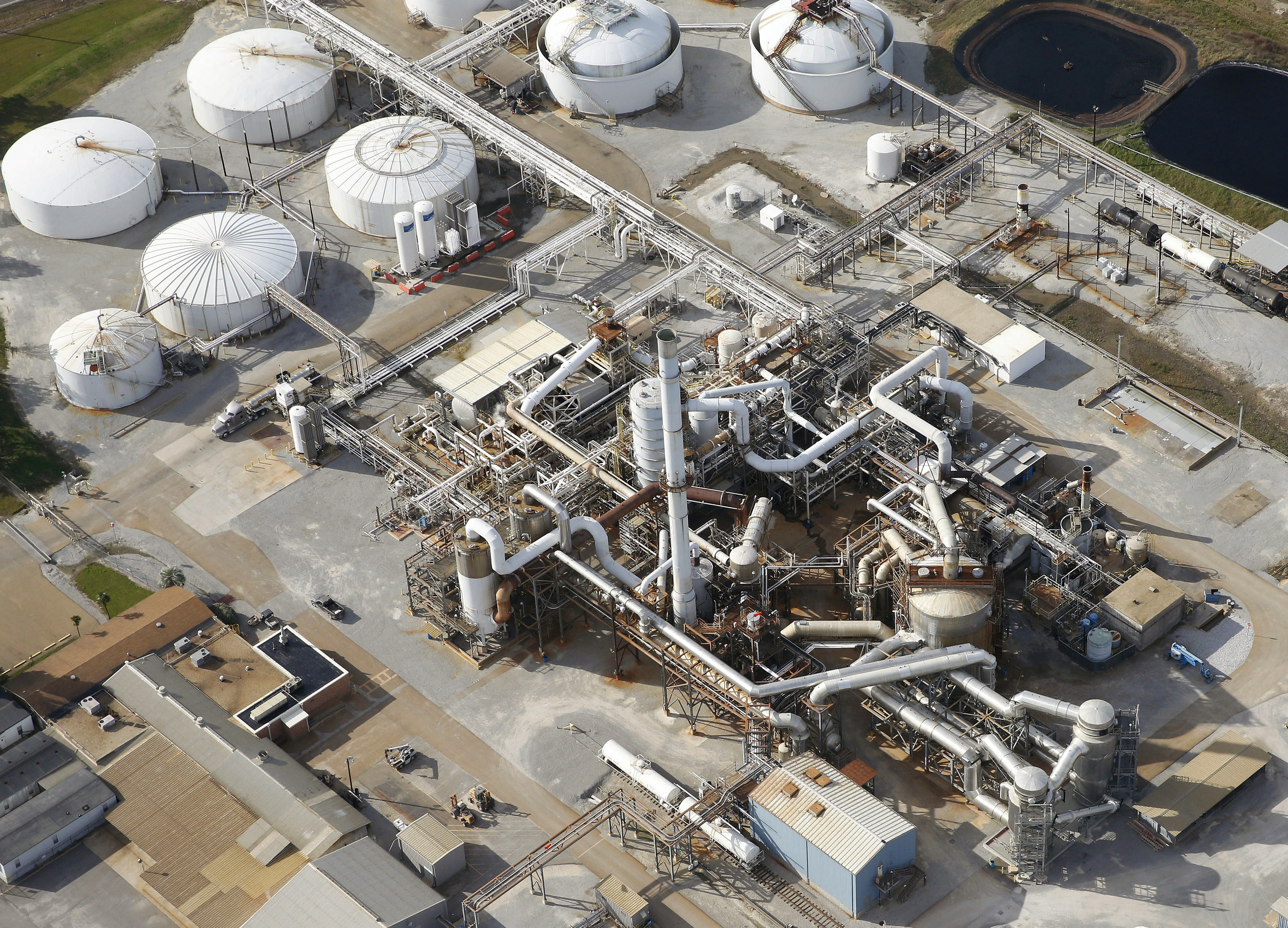 Aerial photo shows a DuPont plant in Darrow Louisiana