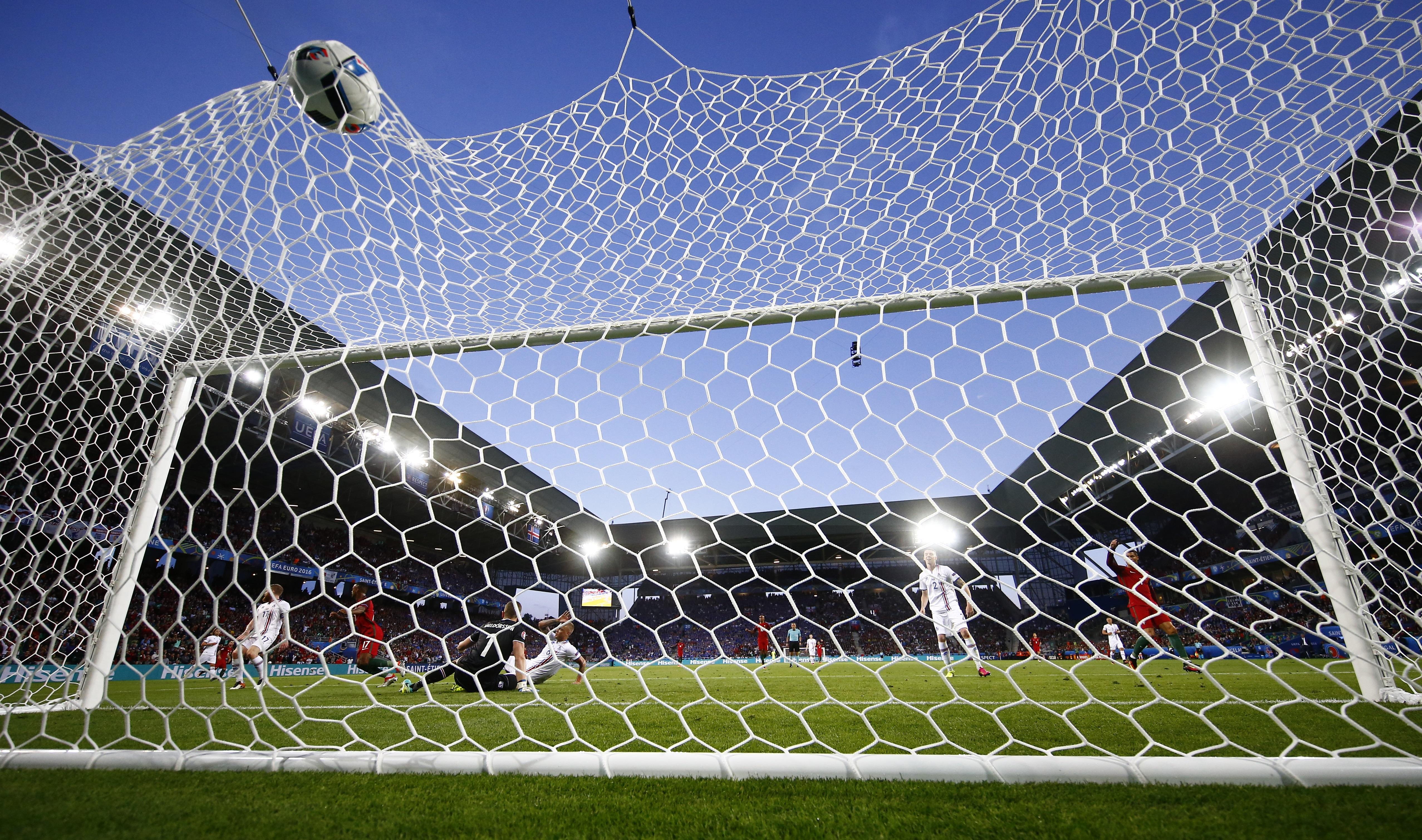 Portugal's Nani scores