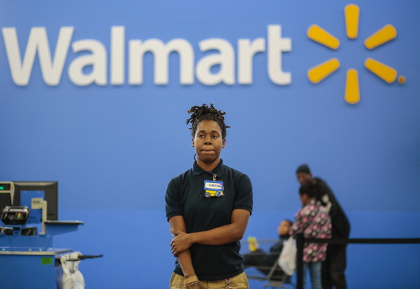 HOMELESS WOMAN FINDS JOB AT WALMART