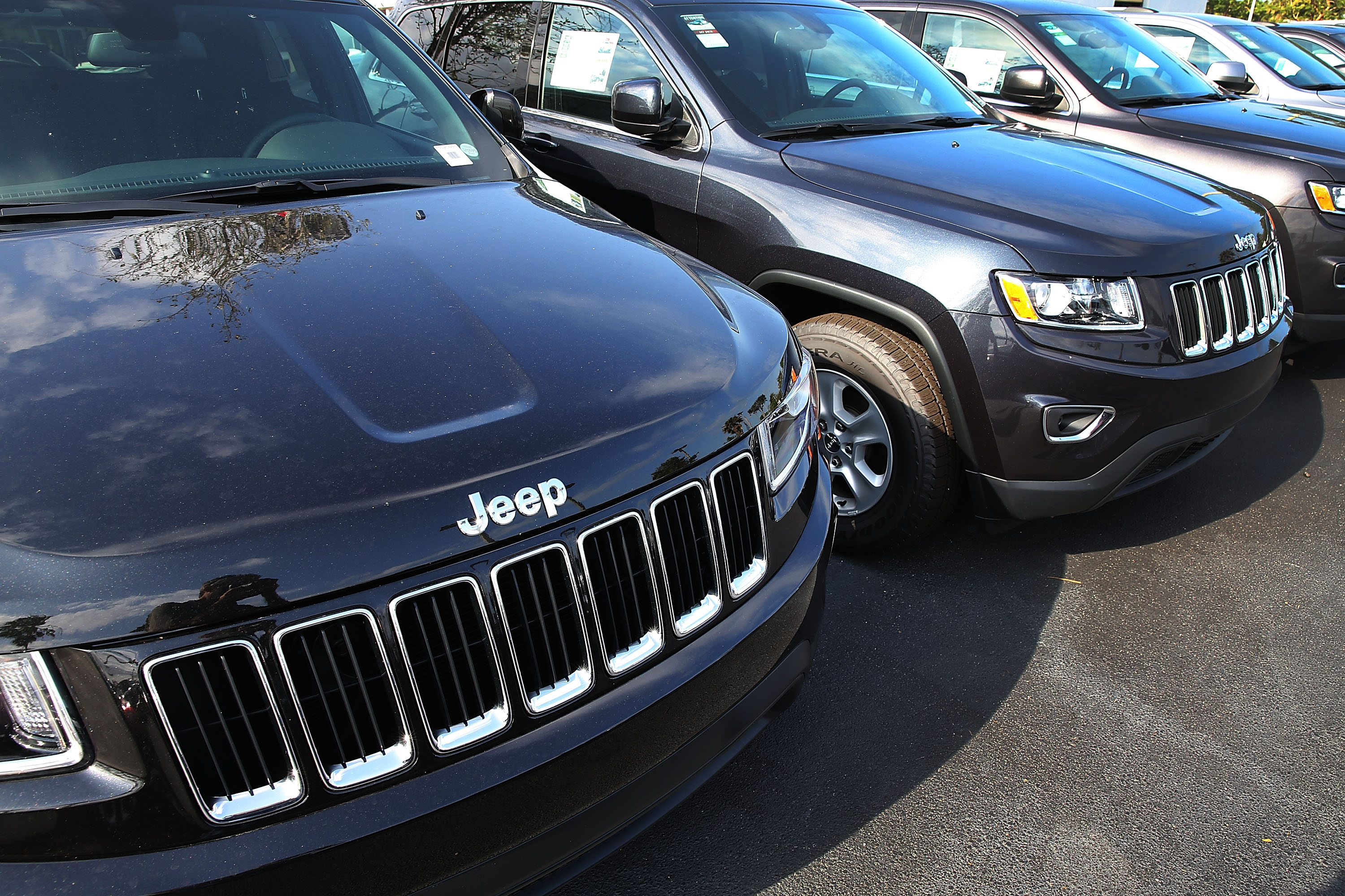 "Fiat Chrysler Issues Large Recall Over Confusion Regarding Vehicles ""Park"" Gear Position"