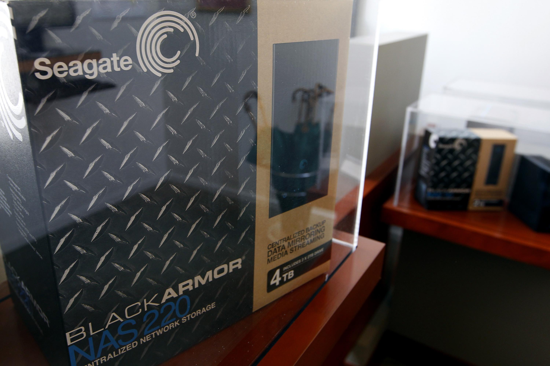 Seagate Technology Plc Black Armor media storage unit