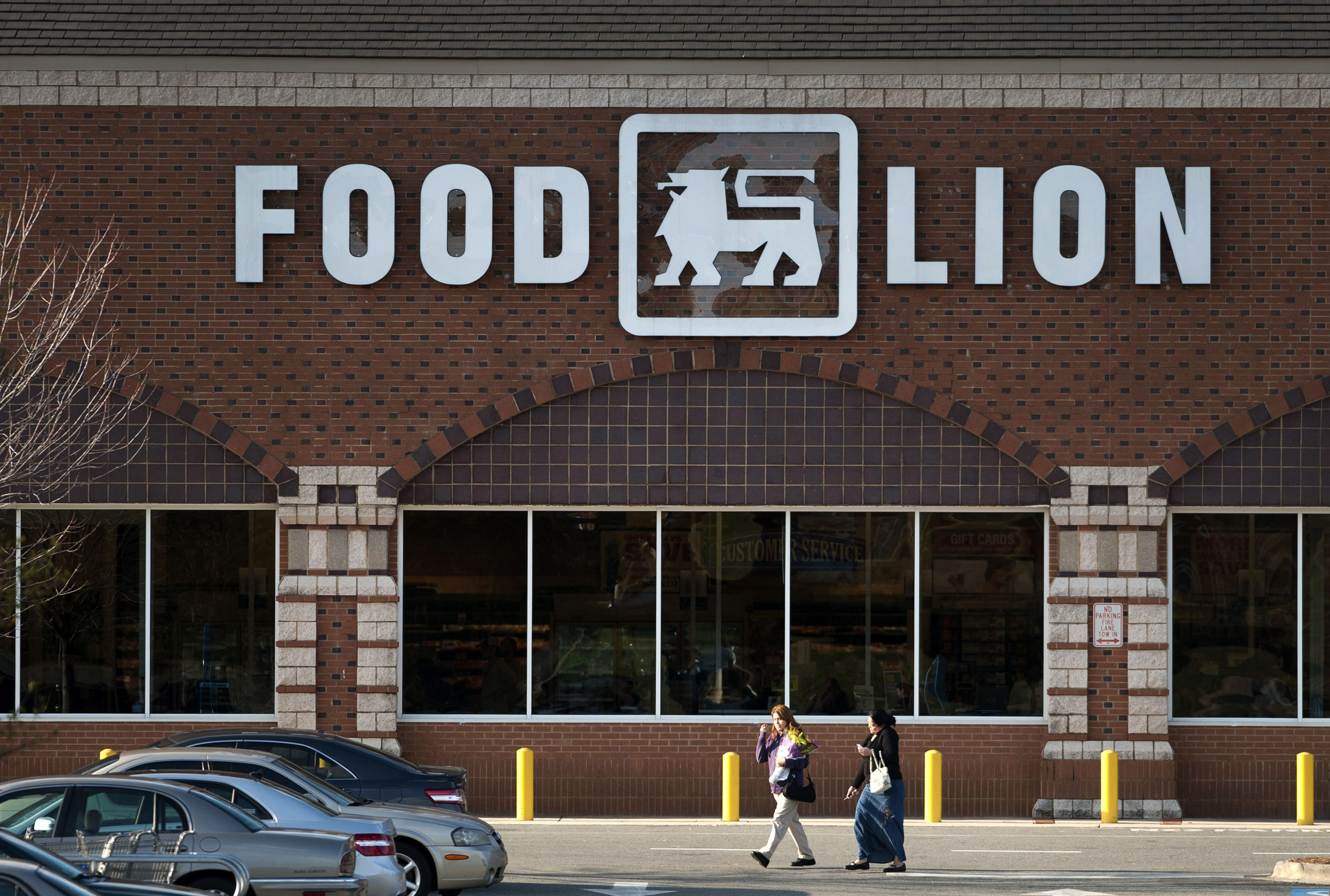 Delhaize To Cut 5,000 U.S., Europe Jobs As It Closes Stores