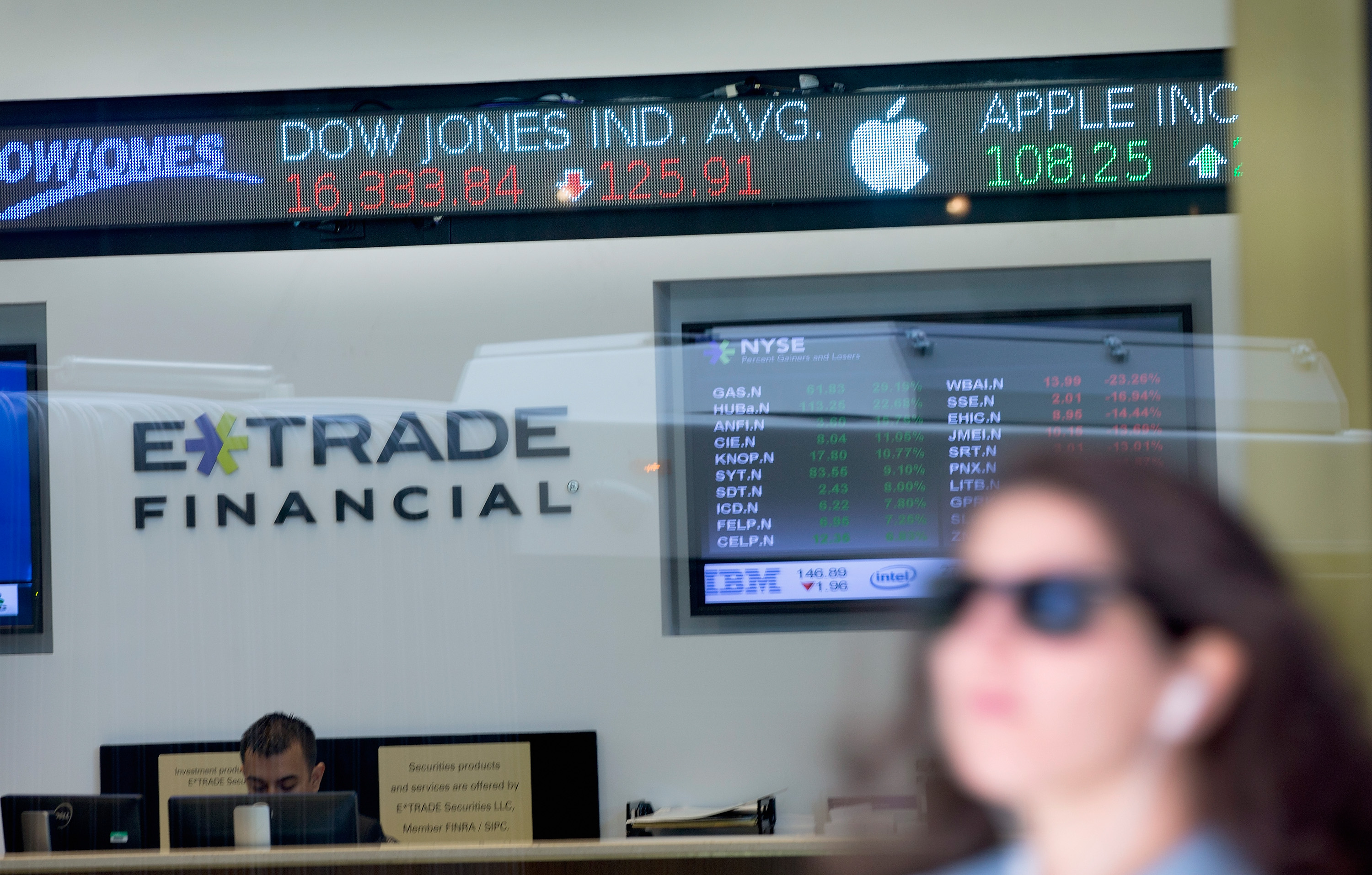 E*Trade Is Buying an OptionsHouse for $725 Million | Fortune