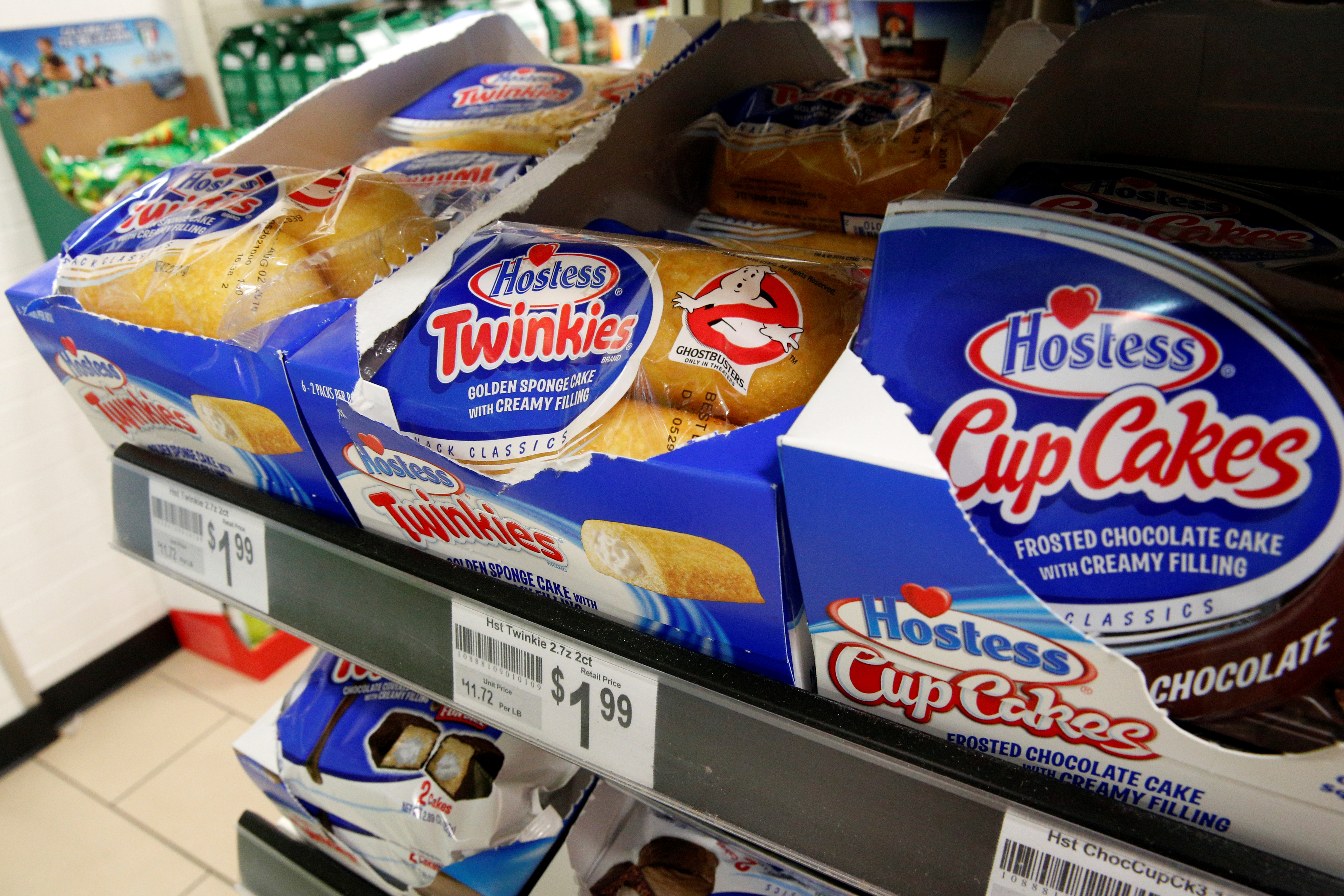 "Hostess Brands ""Twinkies""  and ""Cup Cakes"" are displayed in a store in the Manhattan borough of New York"