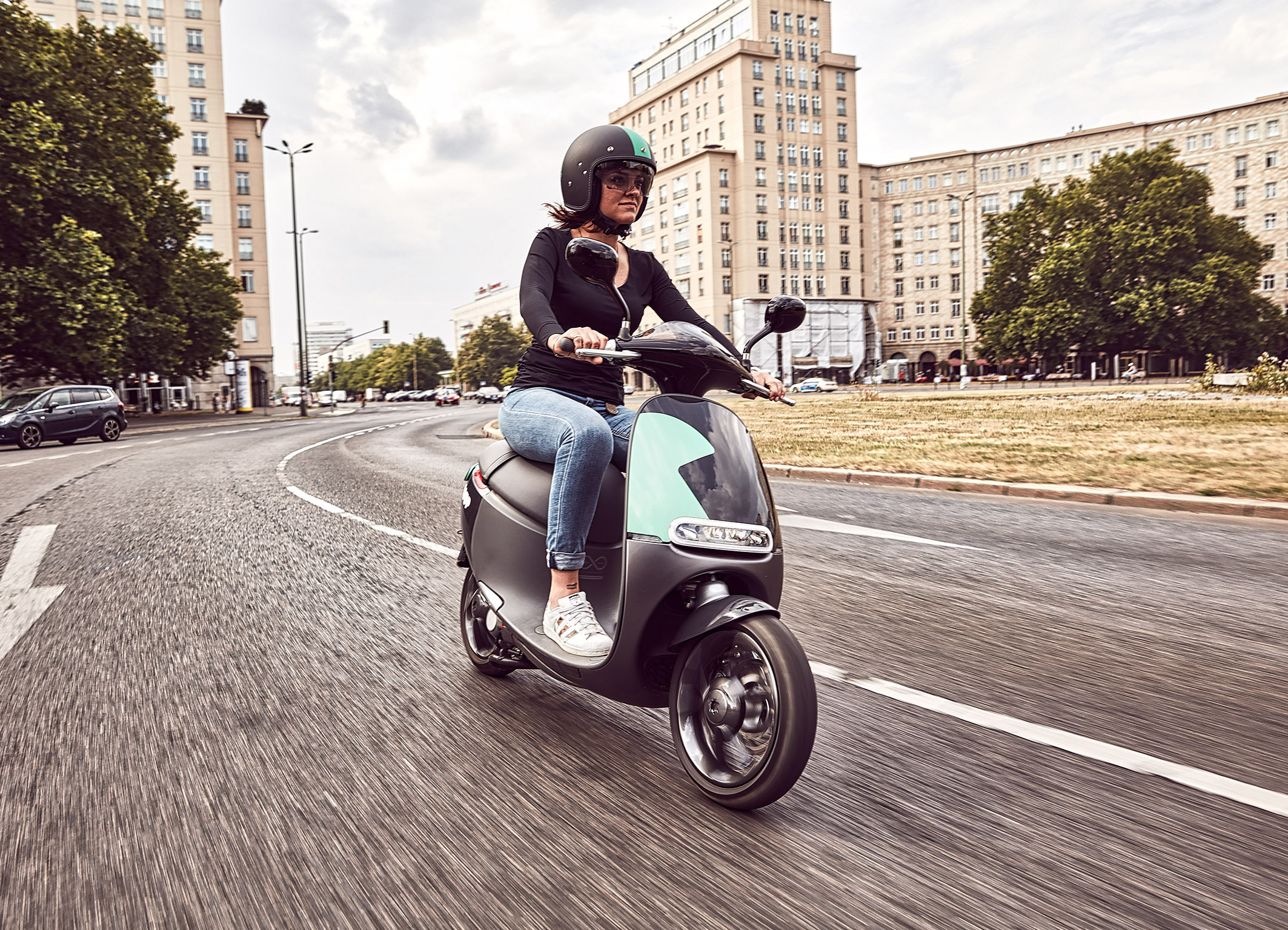 Electric scooter startup Gogoro and Bosch are partnering to bring a vehicle-sharing program to Berlin.