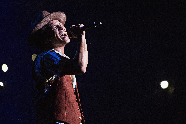 Bruno Mars - Moonshine Jungle Tour - Staples Center - Los Angeles, CA