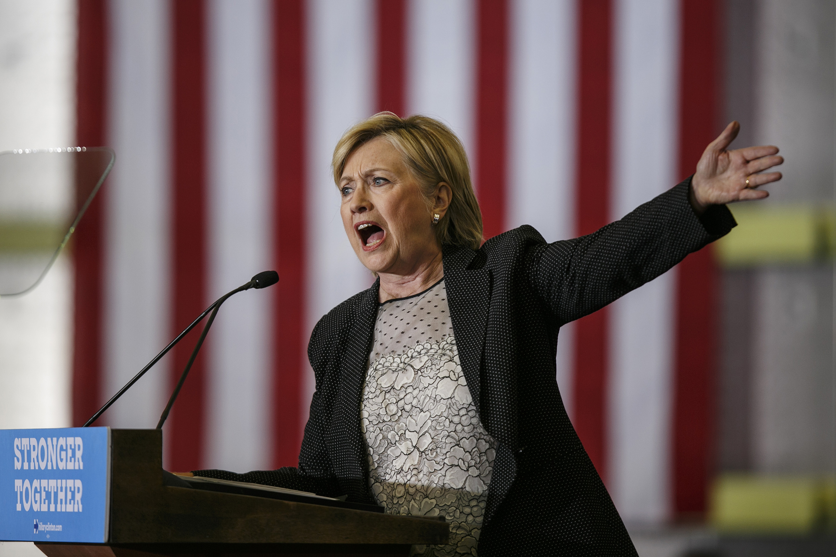 Democratic Presidential Nominee Hillary Clinton Delivers Speech On The Economy