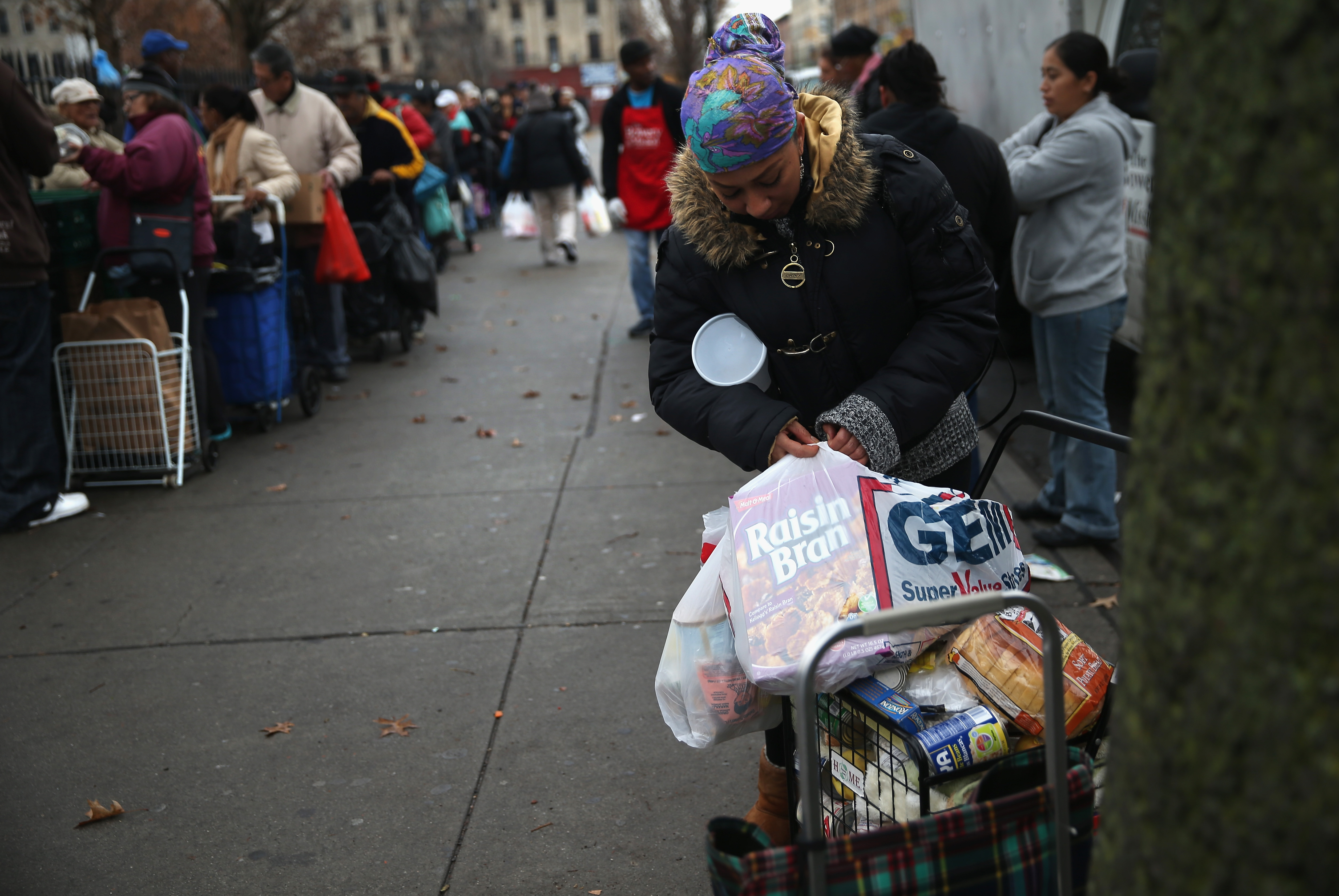 Christian Bowery Mission Delivers Outreach Food Pantry To Brooklyn Families