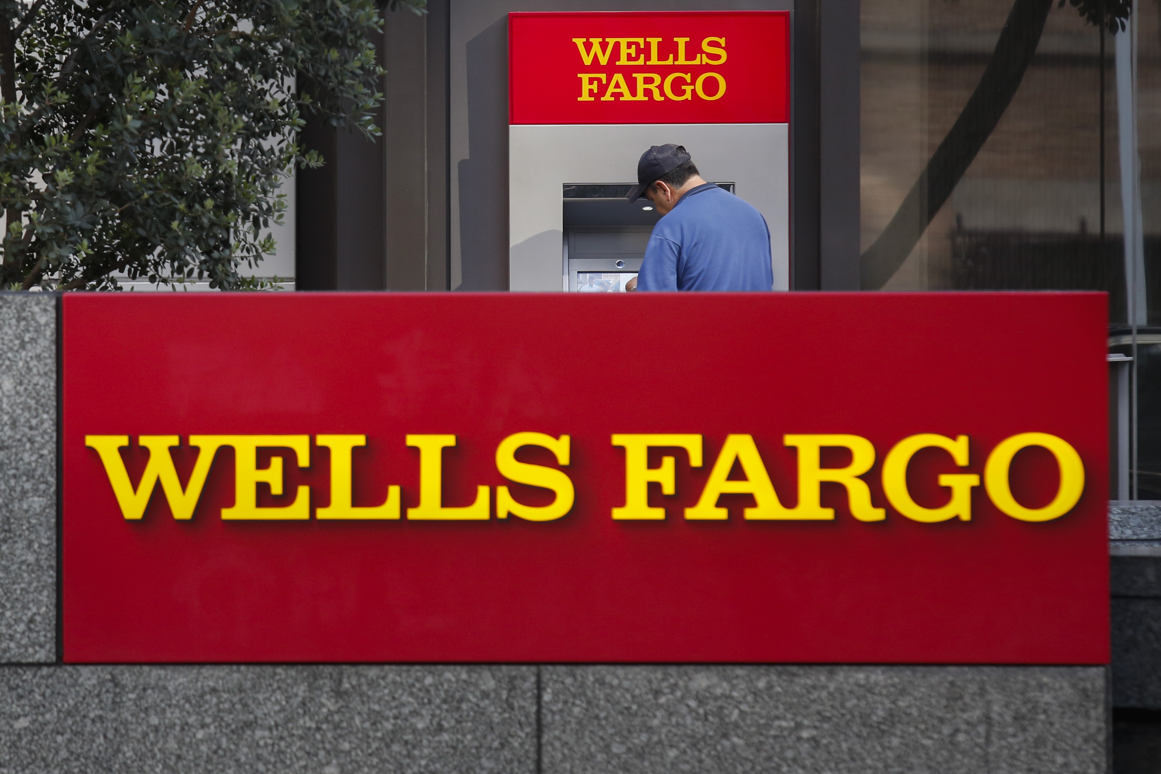 Wells Fargo Payday Loan >> Wells Fargo Kills Sales Goals For Bankers After Fake Account