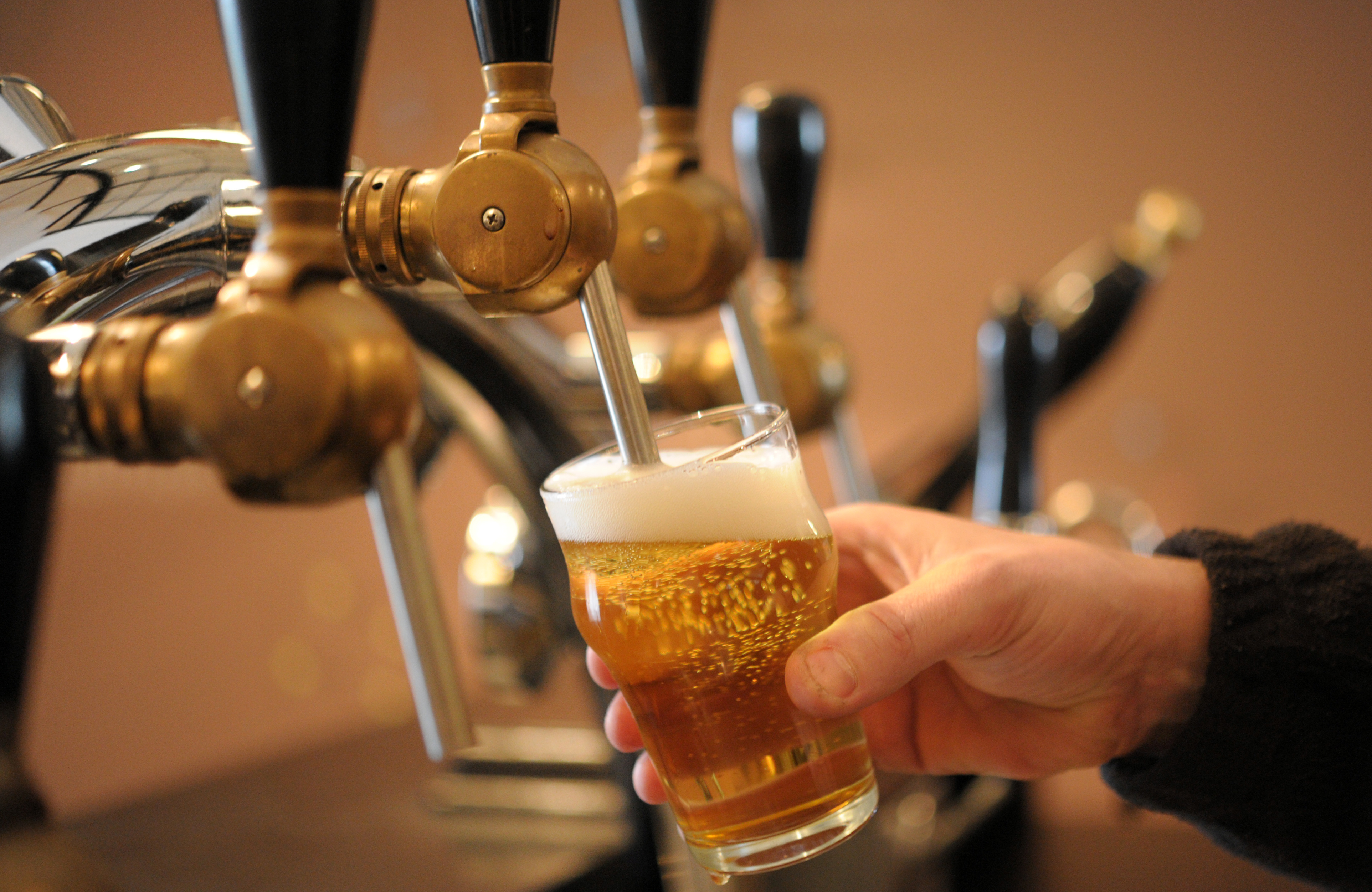 FRANCE-ALCOHOL-BEER-BREWERY-DRINK