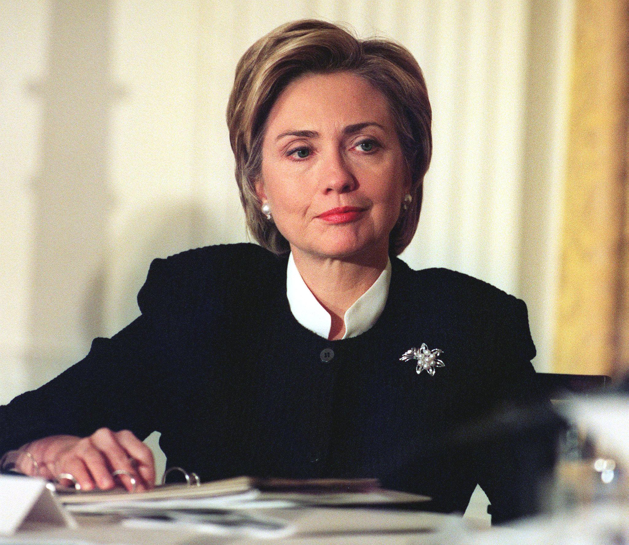 US First Lady Hillary Clinton hosts a meeting on H