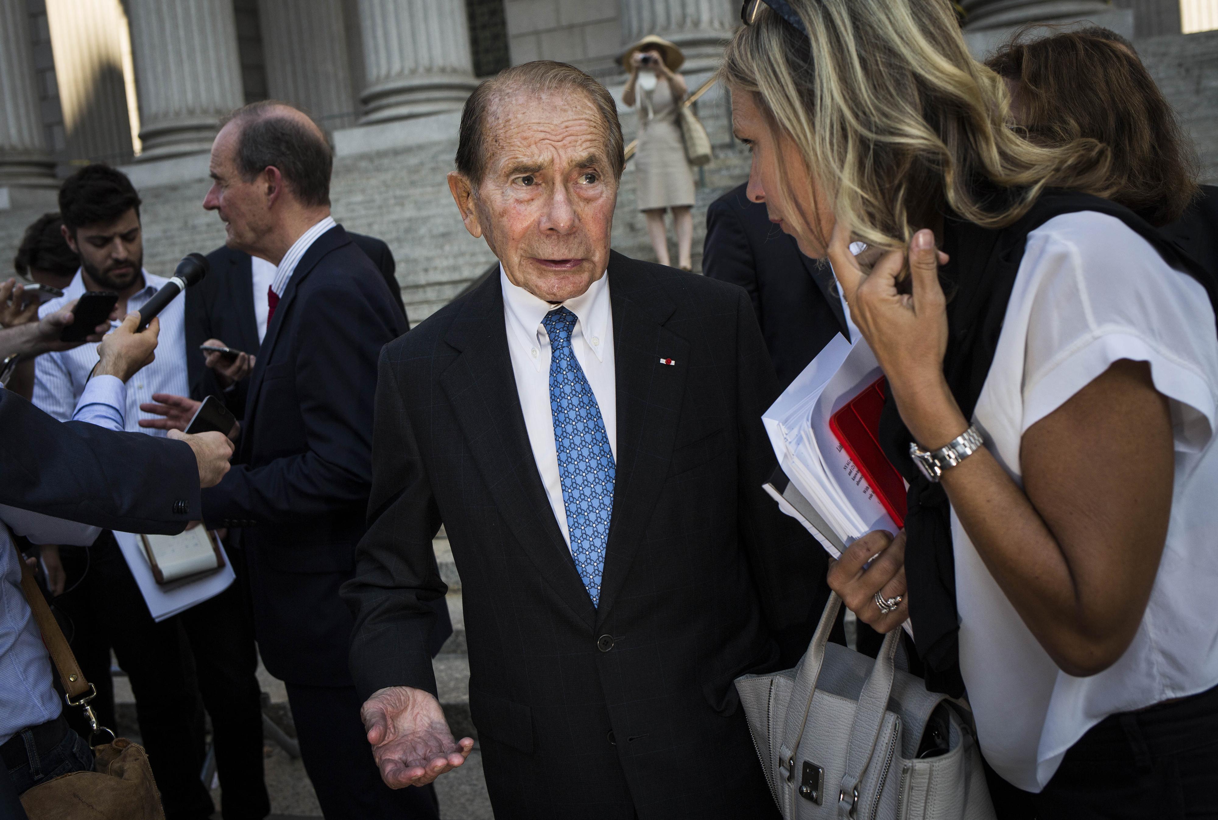 Former AIG Chairman Hank Greenberg Looks For Vindication In N.Y. Battle