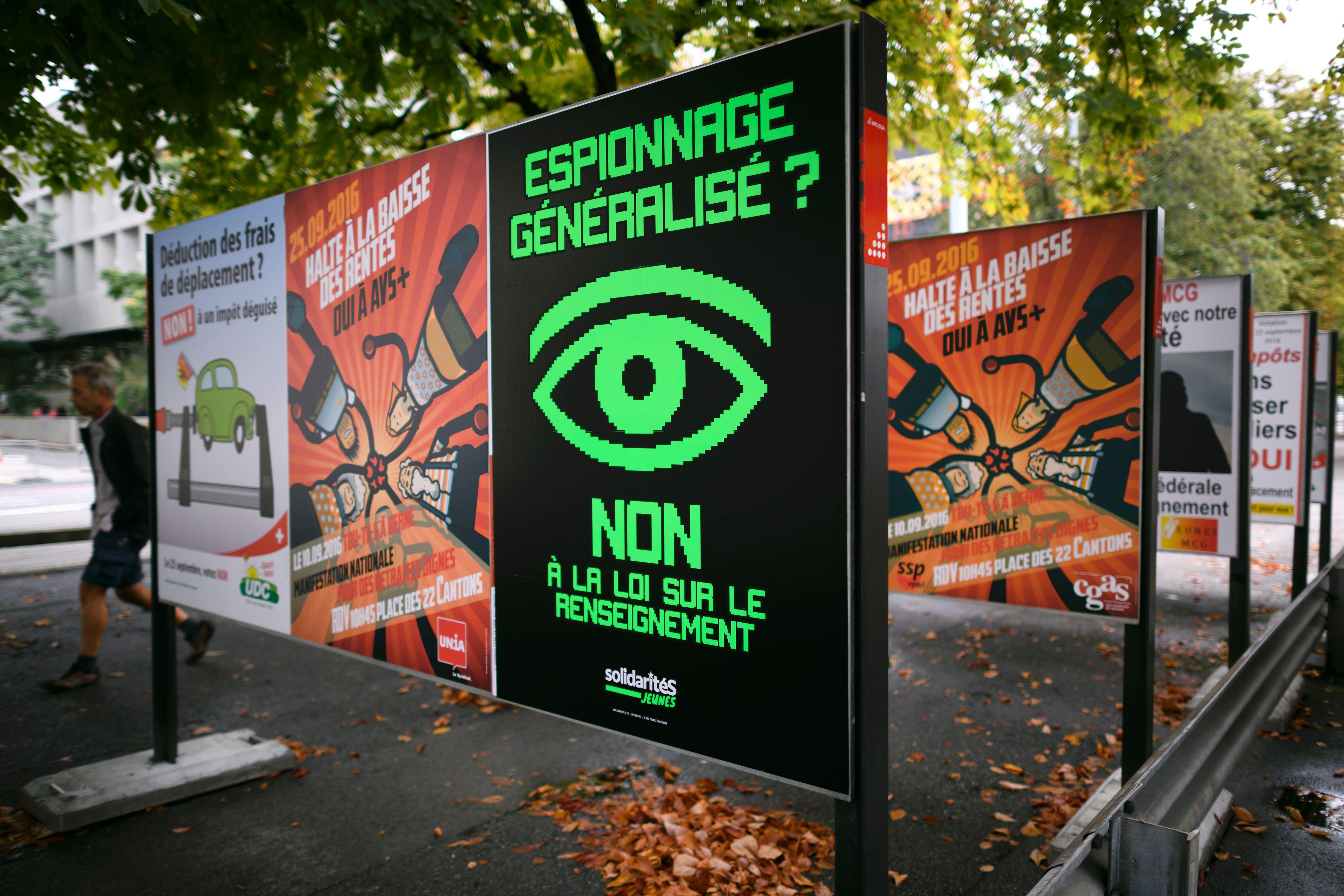 SWITERLAND-POLITICS-INTELLIGENCE-VOTE-PRIVACY-TERRORISM