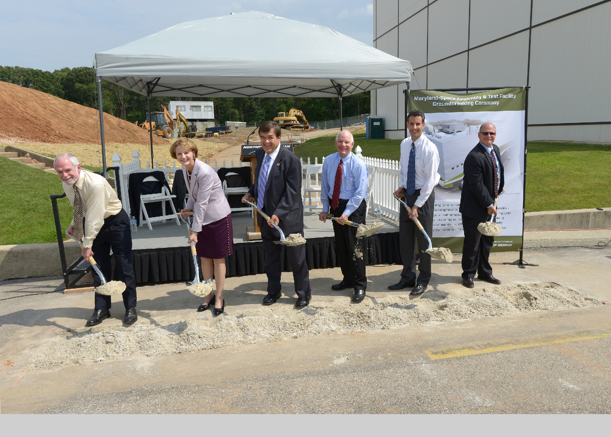 Photo Release -- Northrop Grumman Breaks Ground on New Space Assembly and Test Facility