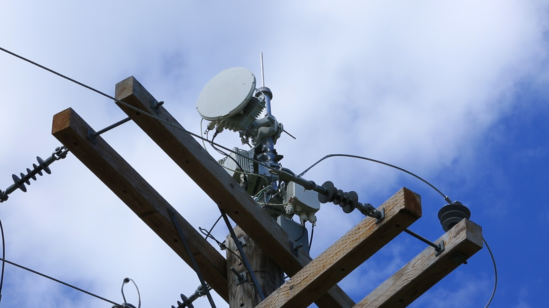 at&t says it has a new take on fast internet over power lines