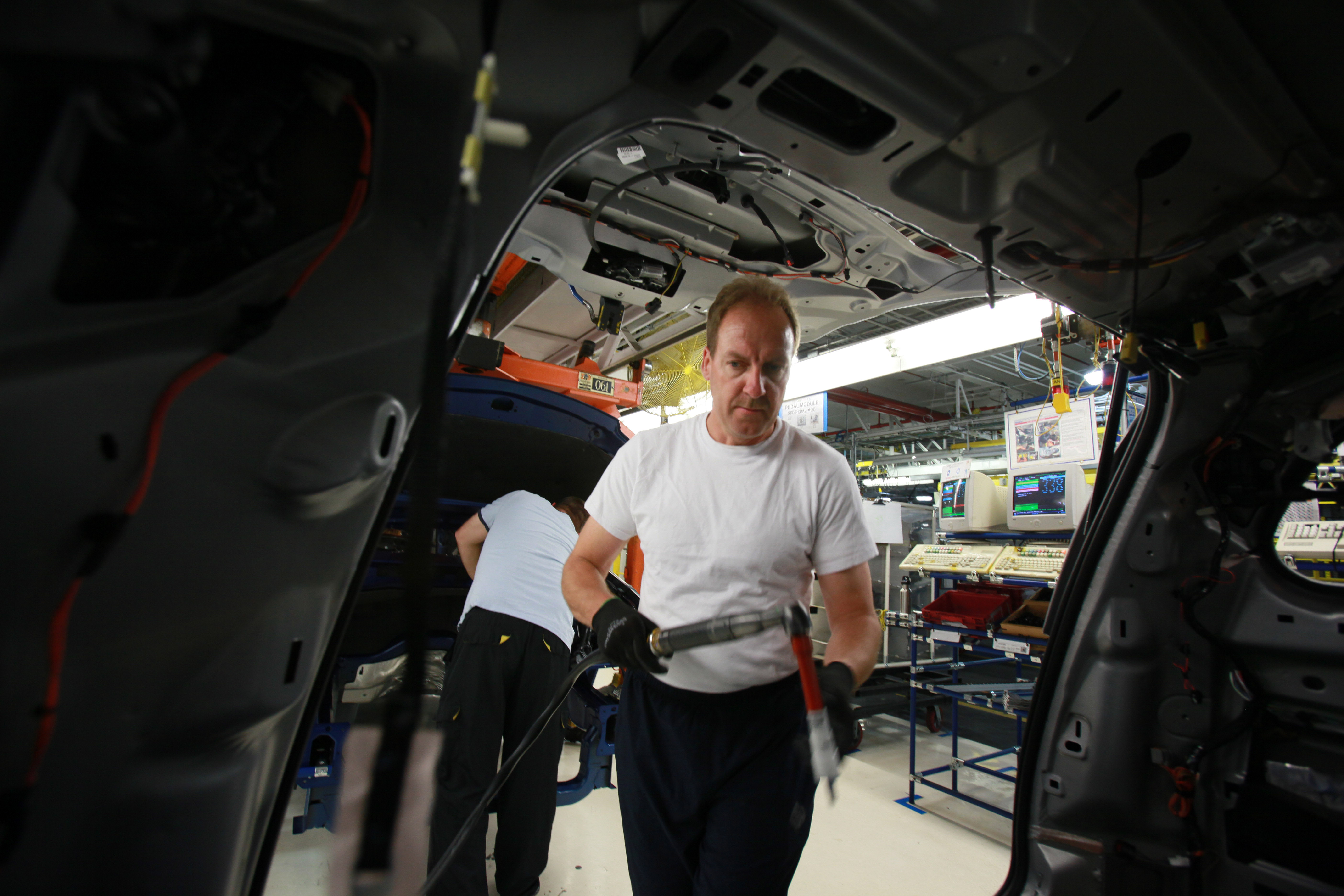 Chrysler CEO Visits Windsor Assembly Plant