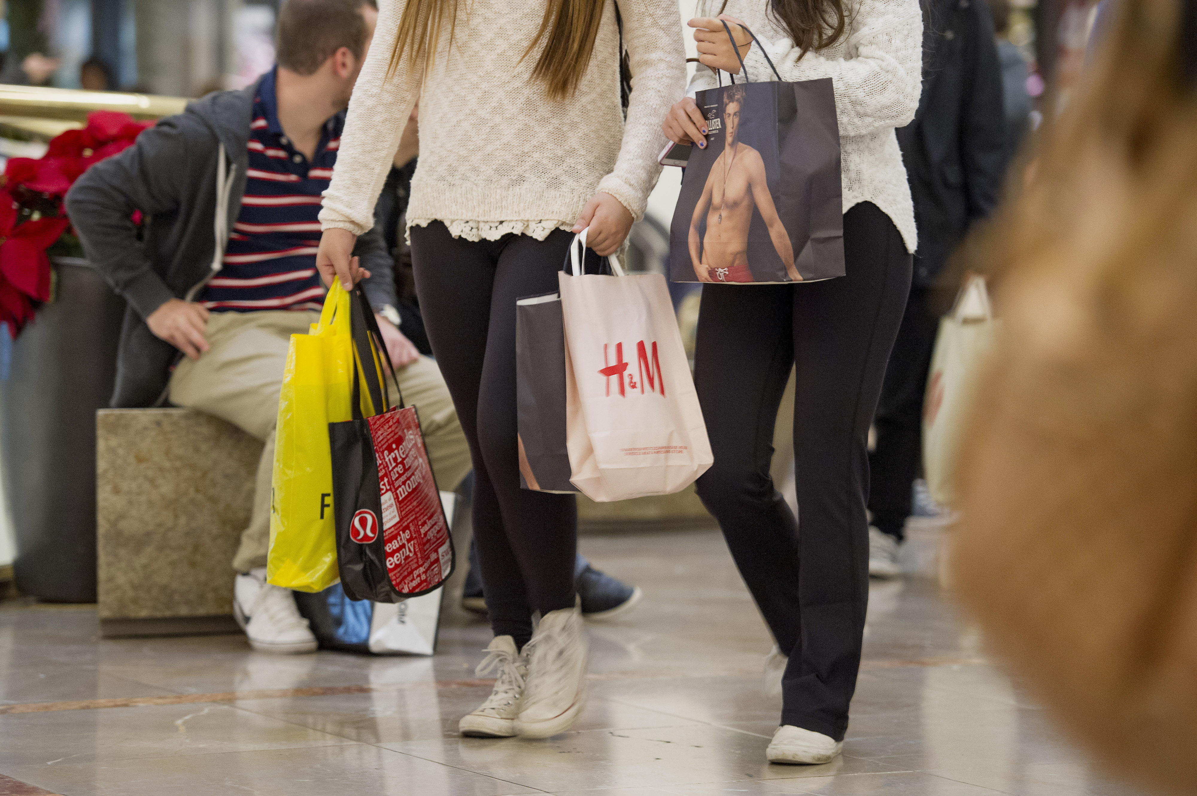 Shoppers Inside The Westfield San Francisco Centre On Black Friday