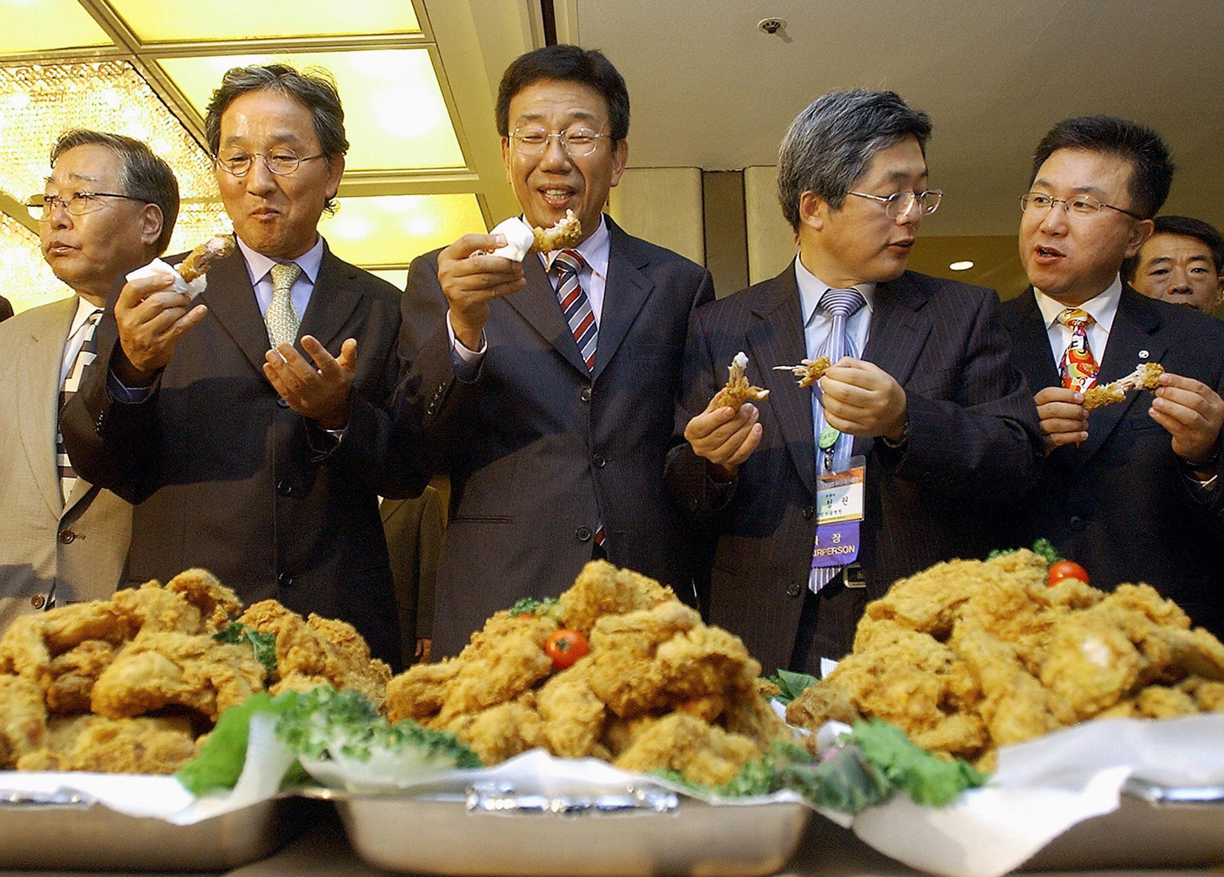 South Korean family doctors taste fried