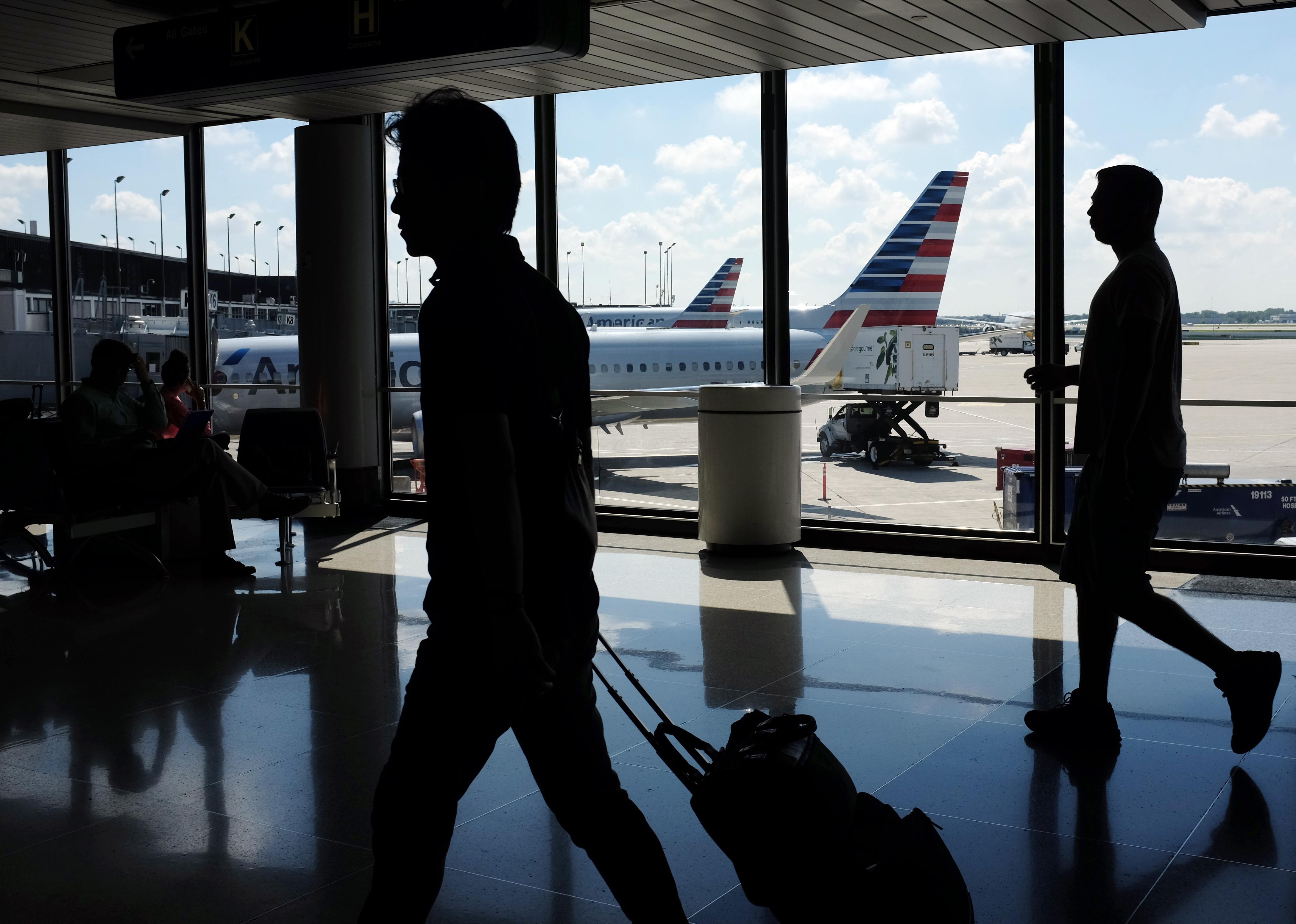 APTOPIX Earns American Airlines