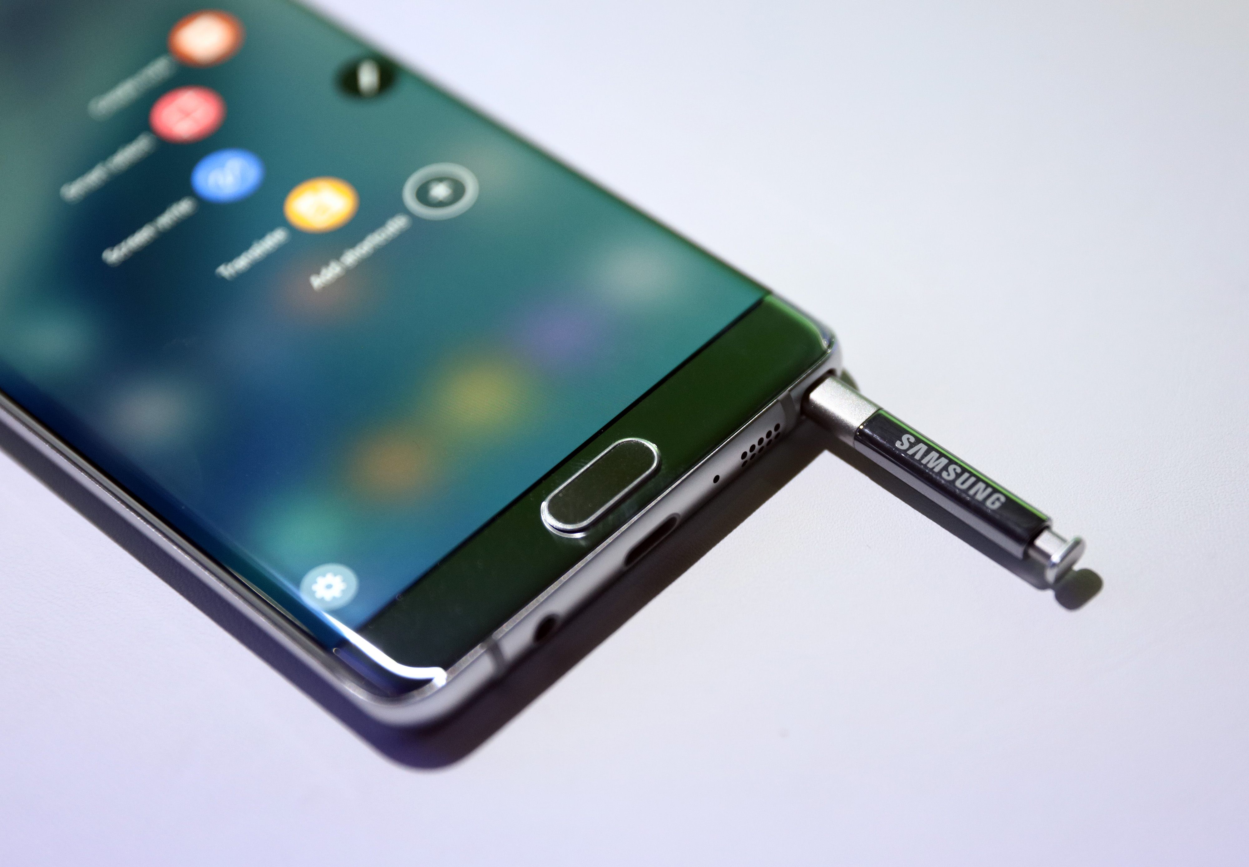 Samsung Electronics Co. Launch Their Galaxy Note 7 Smartphone