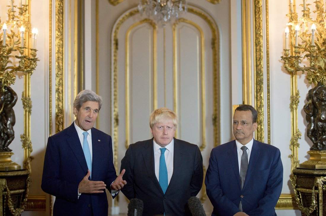 US Secretary of State John Kerry, British Foreign Secretary Boris Johnson and UN Special Envoy for Yemen Ismail Ould Cheikh Ahmed make a joint statement at Lancaster House, in London