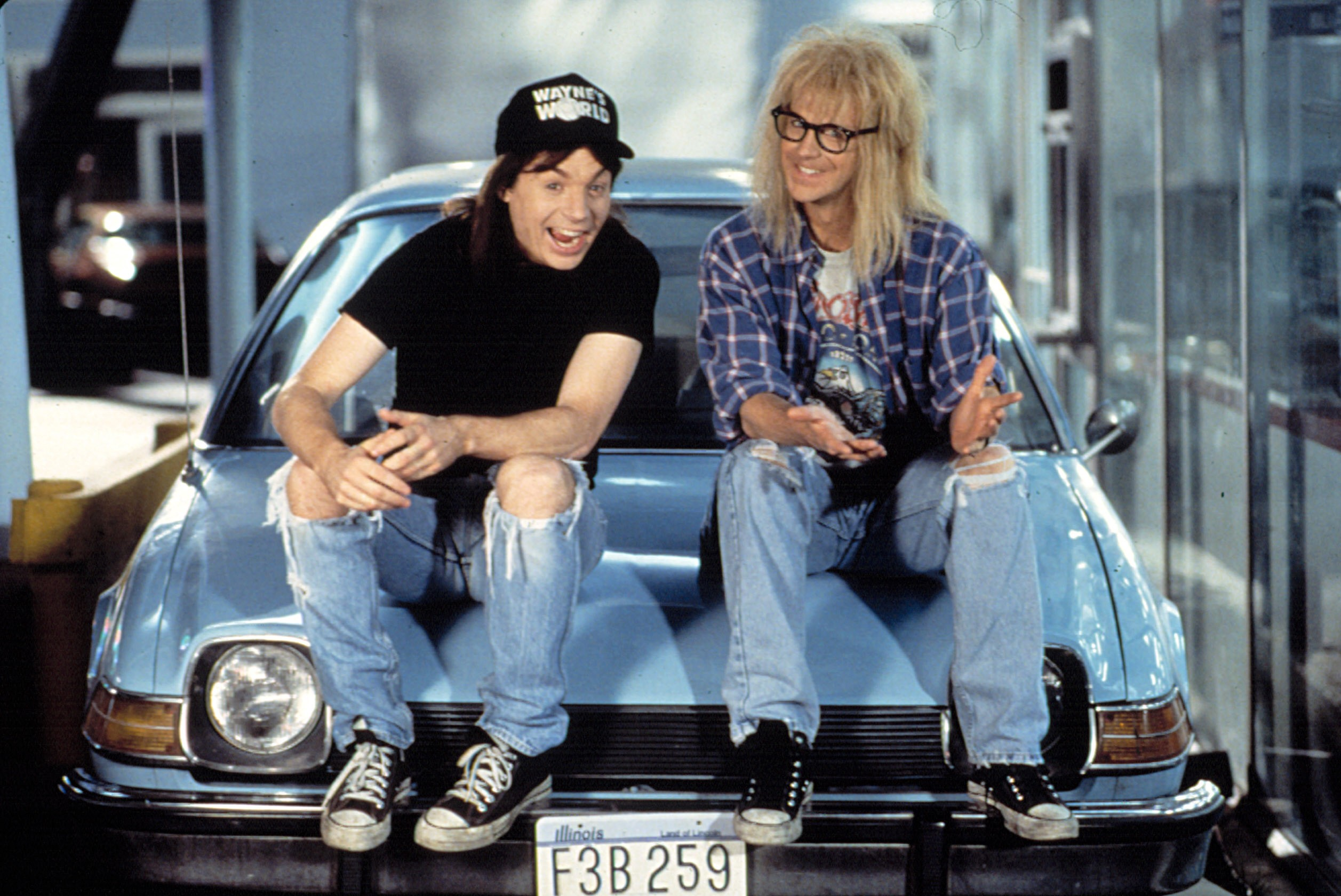 WAYNE'S WORLD 2, Mike Myers, Dana Carvey, 1993