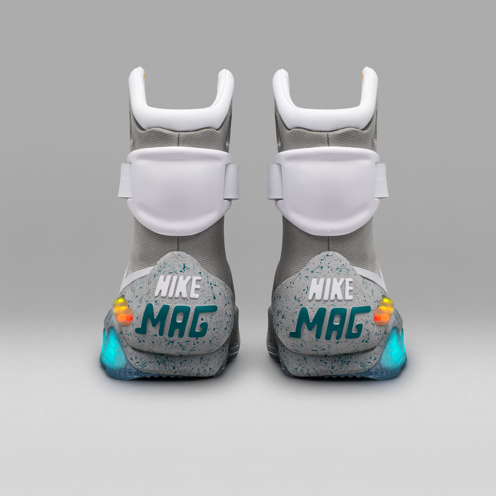 low priced 0b4f2 461b5 Nike Mag 'Back to the Future Part II' Shoes: How to Get Them ...