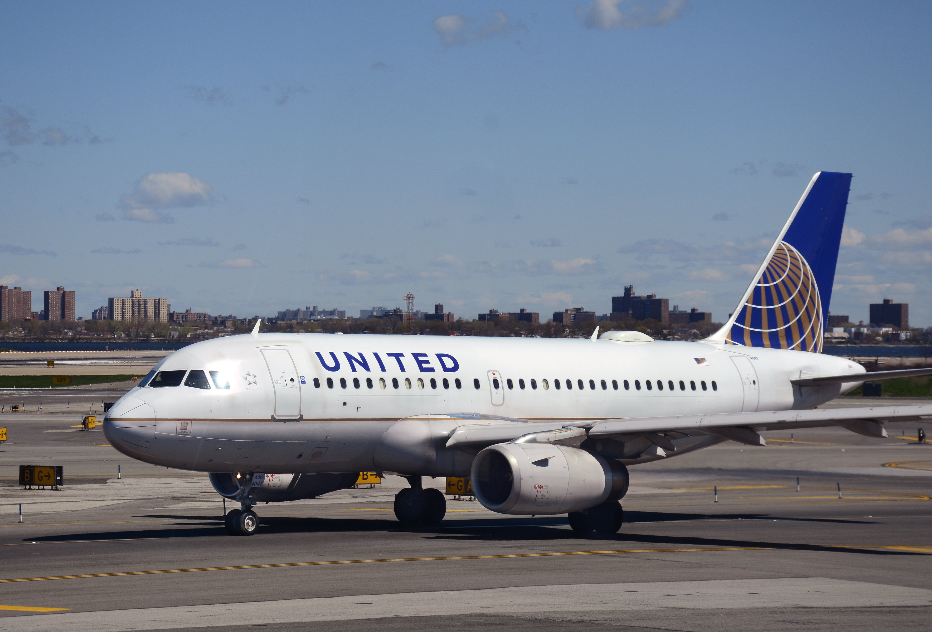 United Airlines Flight Returns To San Francisco After Engine Trouble Fortune