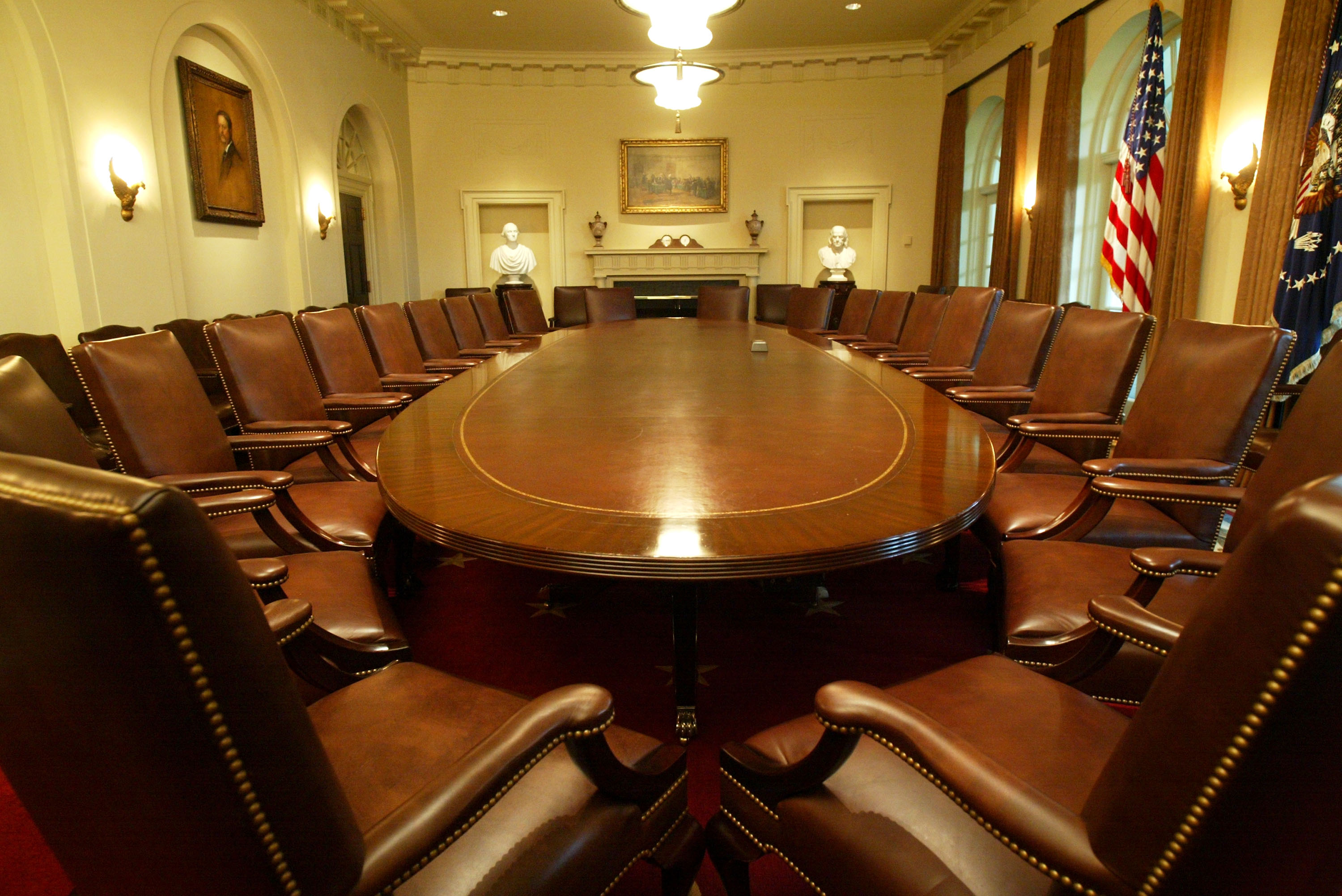 White House Cabinet Room Refurbished After 22 Years