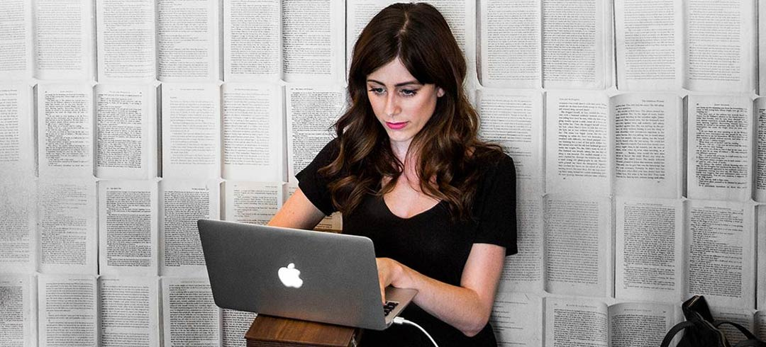 Allison Esposito runs Tech Ladies and receives 5-10 cold emails a day.