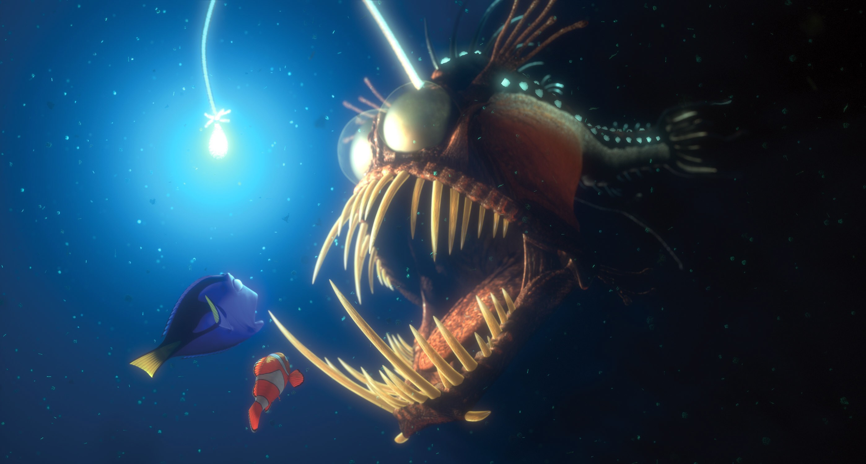 FINDING NEMO, Dory, Marlin, Angler fish, 2003, (c) Walt Disney/courtesy Everett Collection