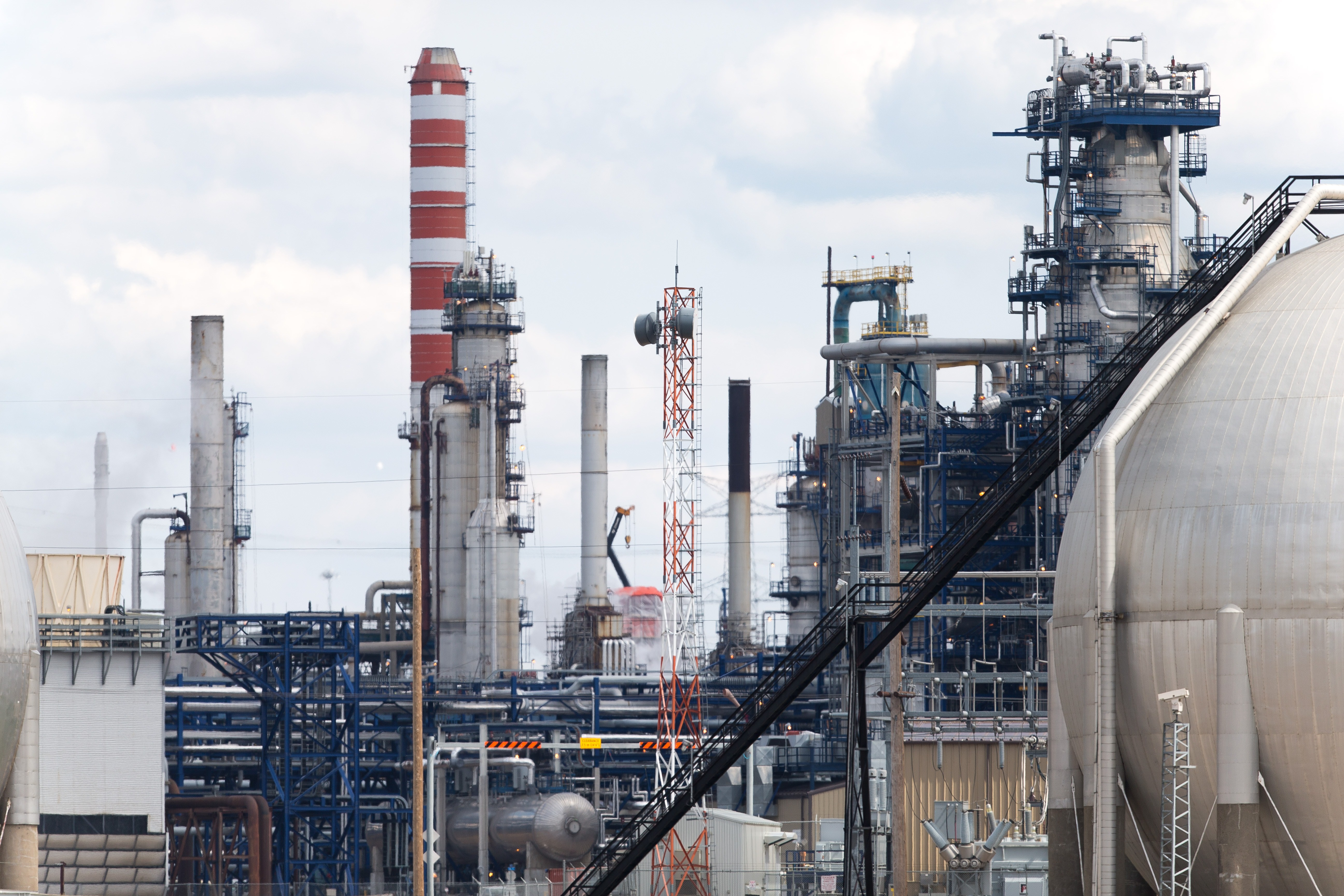 CANADA-ECONOMY-OIL