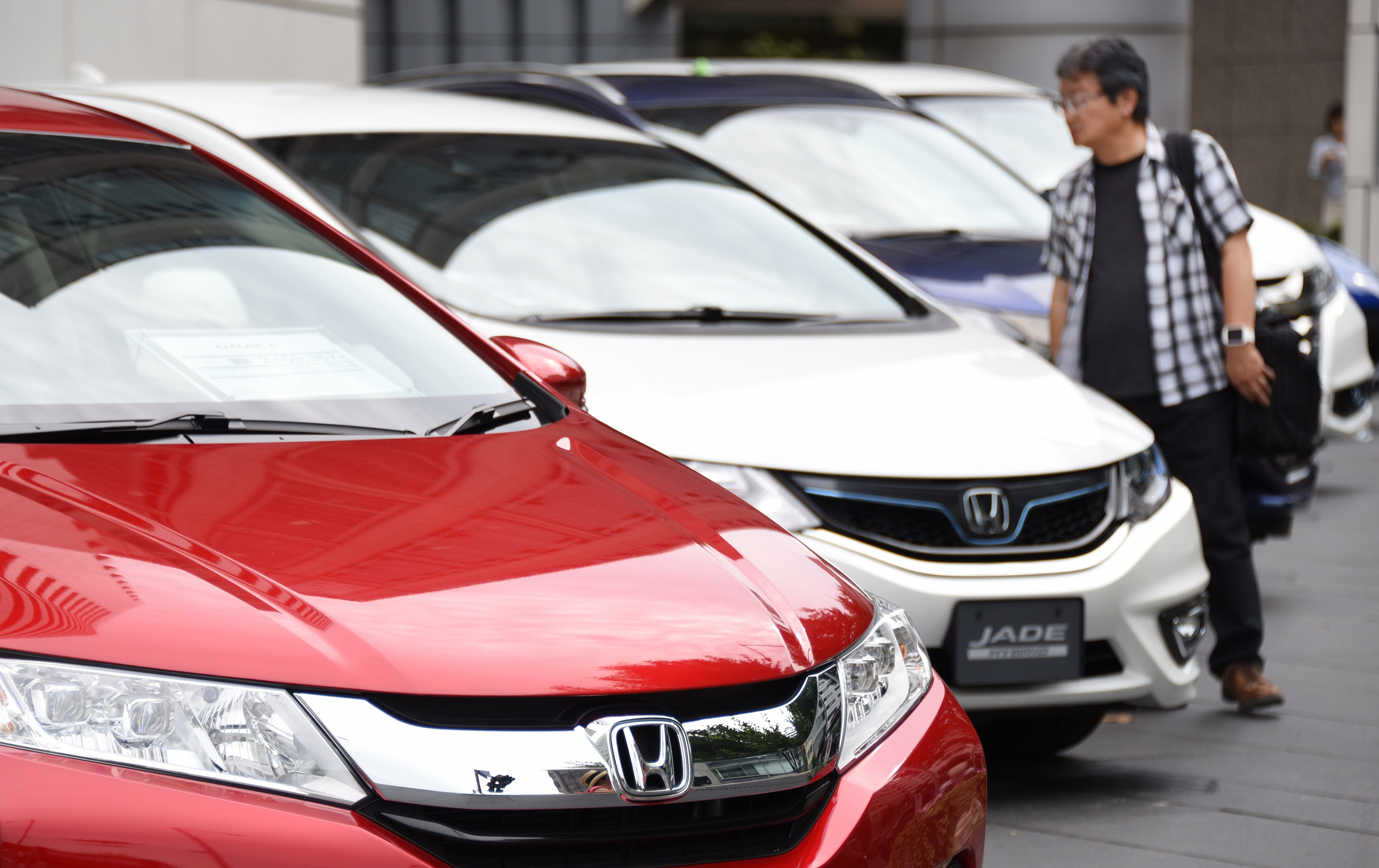 Recalls Honda Com >> Takata Faulty Airbag Recalls Are Automakers Responsibility