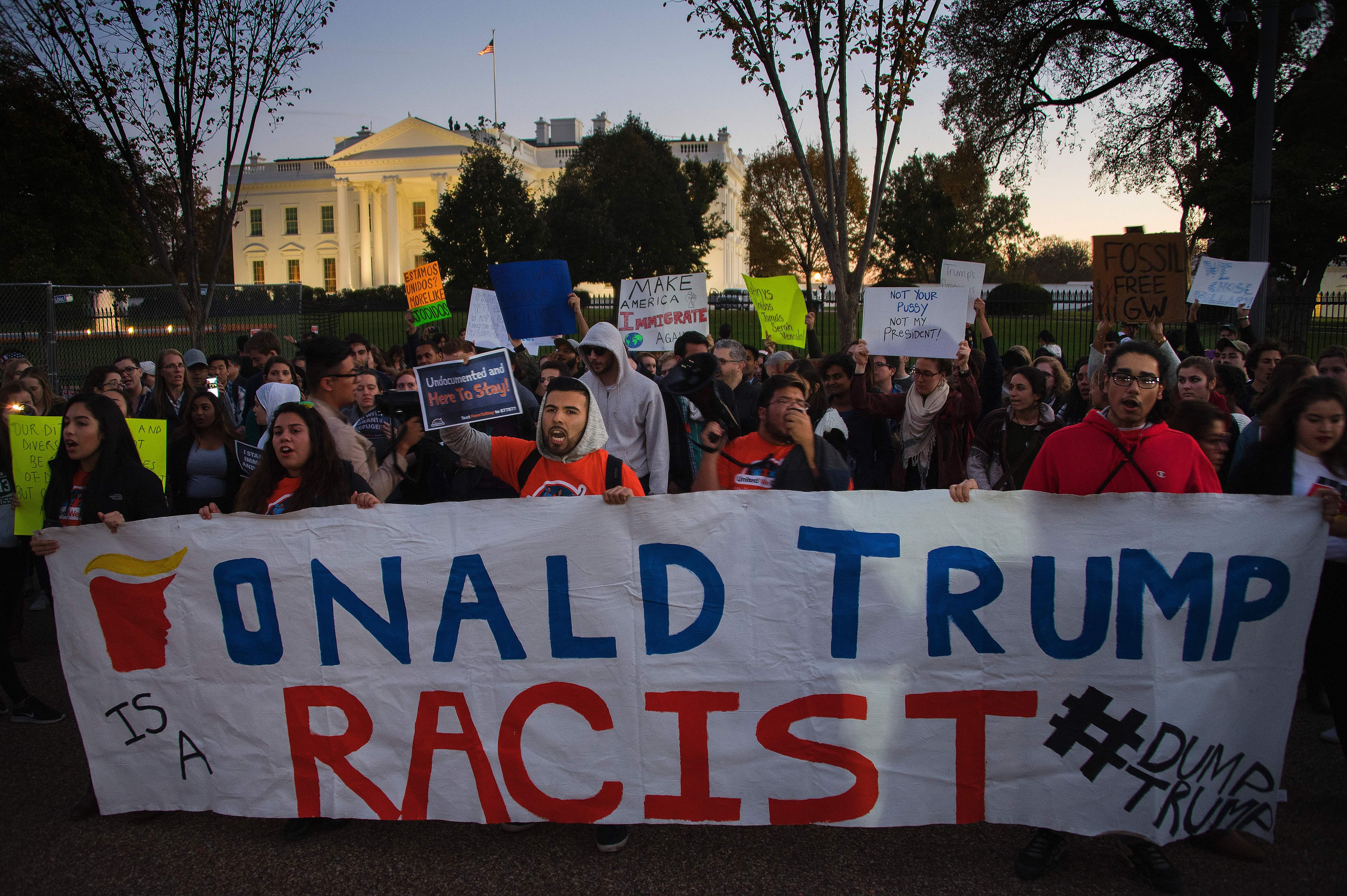 US-VOTE-PROTESTS-TRUMP