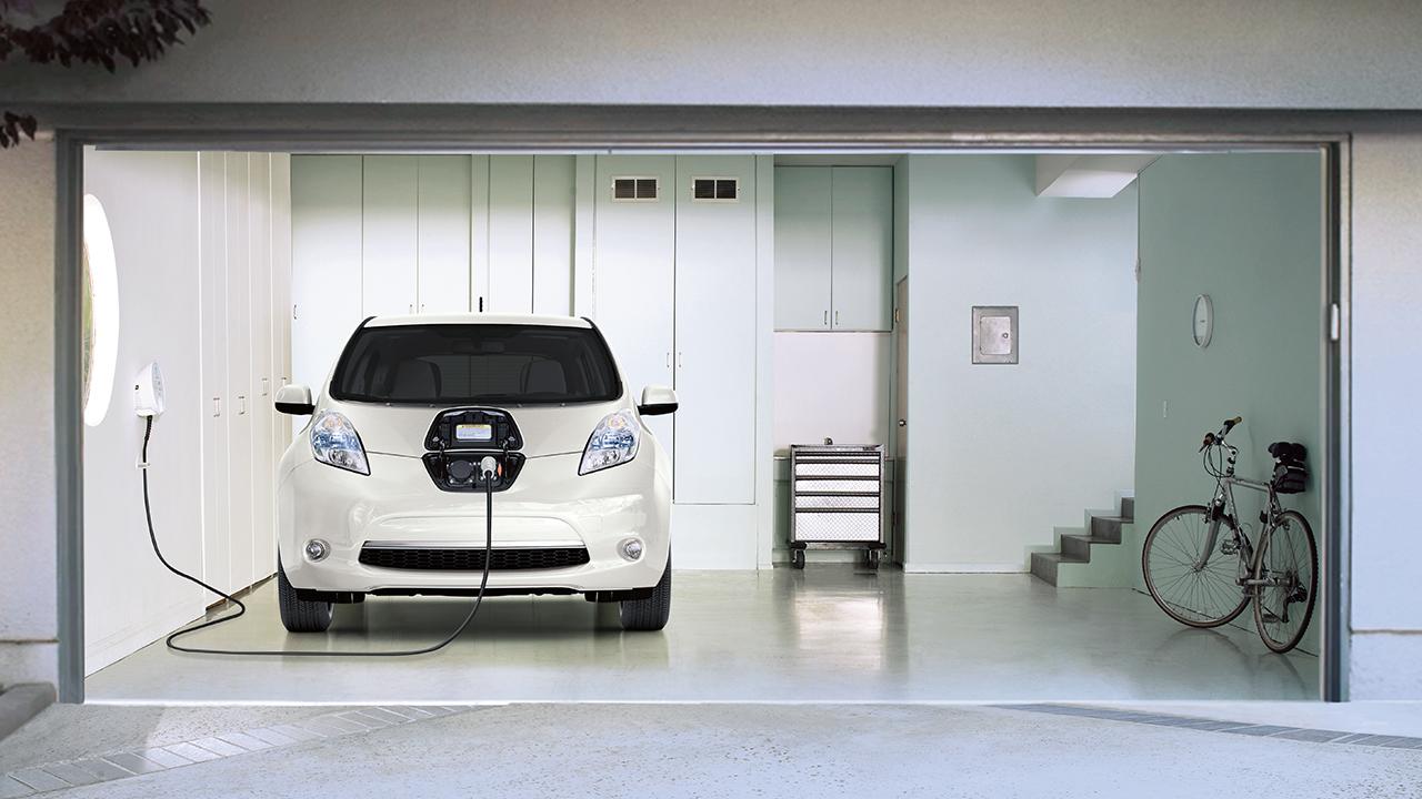 The 2017 Nissan Leaf.